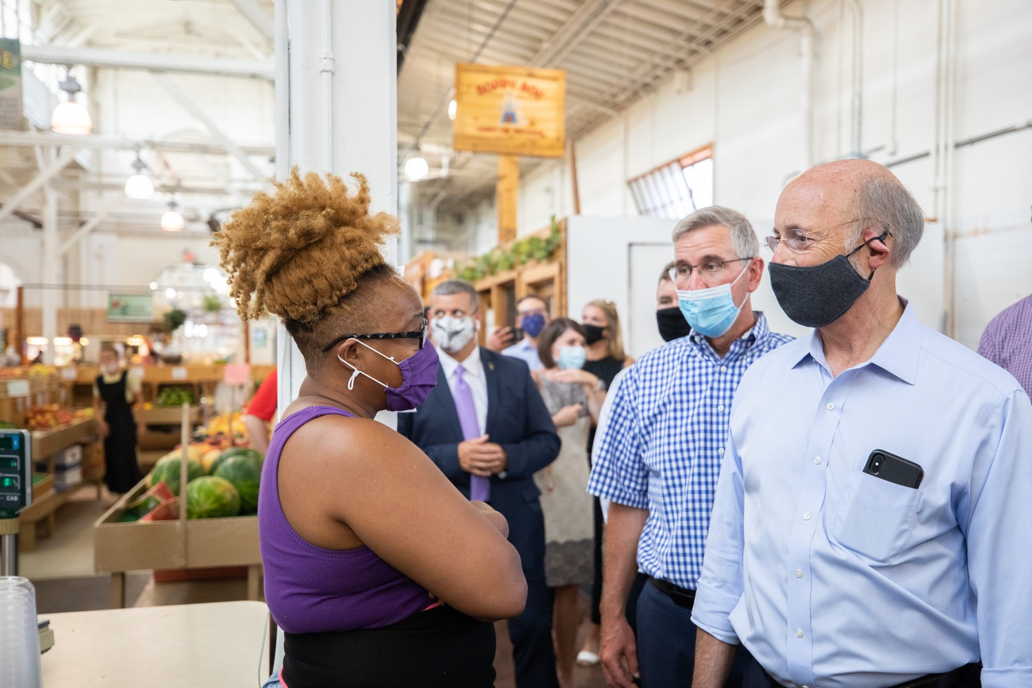 """<a href=""""https://filesource.wostreaming.net/commonwealthofpa/photo/18155_gov_freshFood_dz_004.jpg"""" target=""""_blank"""">⇣Download Photo<br></a>Pennsylvania Governor Tom Wolf speaking with customers at  the Broad Street Market.  Governor Tom Wolf today announced that $10 million is now available for Pennsylvania businesses that have worked to maintain access to fresh, healthy food throughout the COVID-19 pandemic.  Harrisburg, PA  July 9, 2020"""