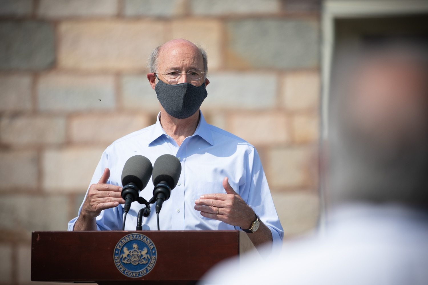 """<a href=""""https://filesource.wostreaming.net/commonwealthofpa/photo/18155_gov_freshFood_dz_007.jpg"""" target=""""_blank"""">⇣Download Photo<br></a>Pennsylvania Governor Tom Wolf speaking with the press outside of the Broad Street Market.  Governor Tom Wolf today announced that $10 million is now available for Pennsylvania businesses that have worked to maintain access to fresh, healthy food throughout the COVID-19 pandemic.  Harrisburg, PA  July 9, 2020"""