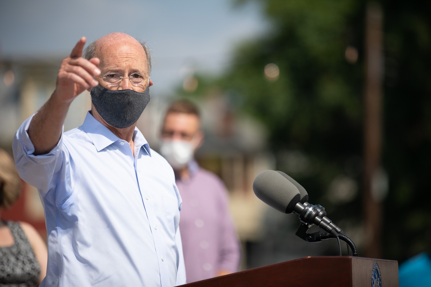 """<a href=""""https://filesource.wostreaming.net/commonwealthofpa/photo/18155_gov_freshFood_dz_019.jpg"""" target=""""_blank"""">⇣Download Photo<br></a>Pennsylvania Governor Tom Wolf speaking with the press outside of the Broad Street Market.  Governor Tom Wolf today announced that $10 million is now available for Pennsylvania businesses that have worked to maintain access to fresh, healthy food throughout the COVID-19 pandemic.  Harrisburg, PA  July 9, 2020"""