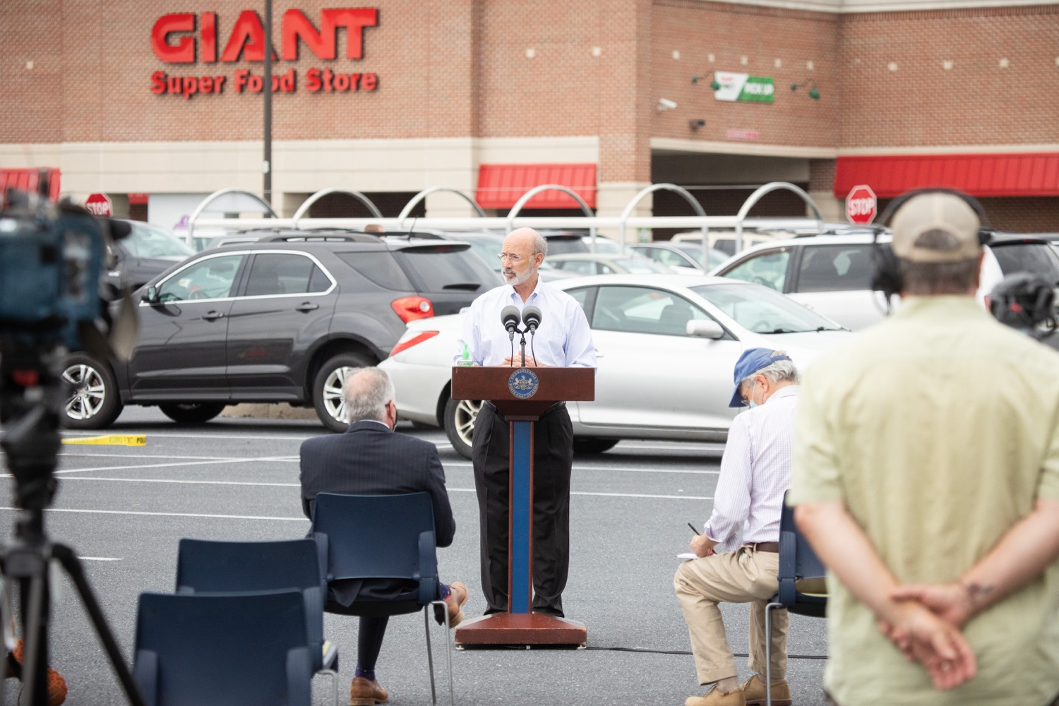 """<a href=""""https://filesource.wostreaming.net/commonwealthofpa/photo/18166_gov_cares_act_dz_11.jpg"""" target=""""_blank"""">⇣Download Photo<br></a>Pennsylvania Governor Tom Wolf speaking to reporters at the announcement. Today, Governor Tom Wolf announced the availability of $50 million in grant funding to help employers provide hazard pay to employees in life-sustaining occupations during the COVID-19 pandemic. Hazard pay is intended to keep front-line employees working in vital industry sectors across Pennsylvania.  Harrisburg, PA  July 16, 2020"""