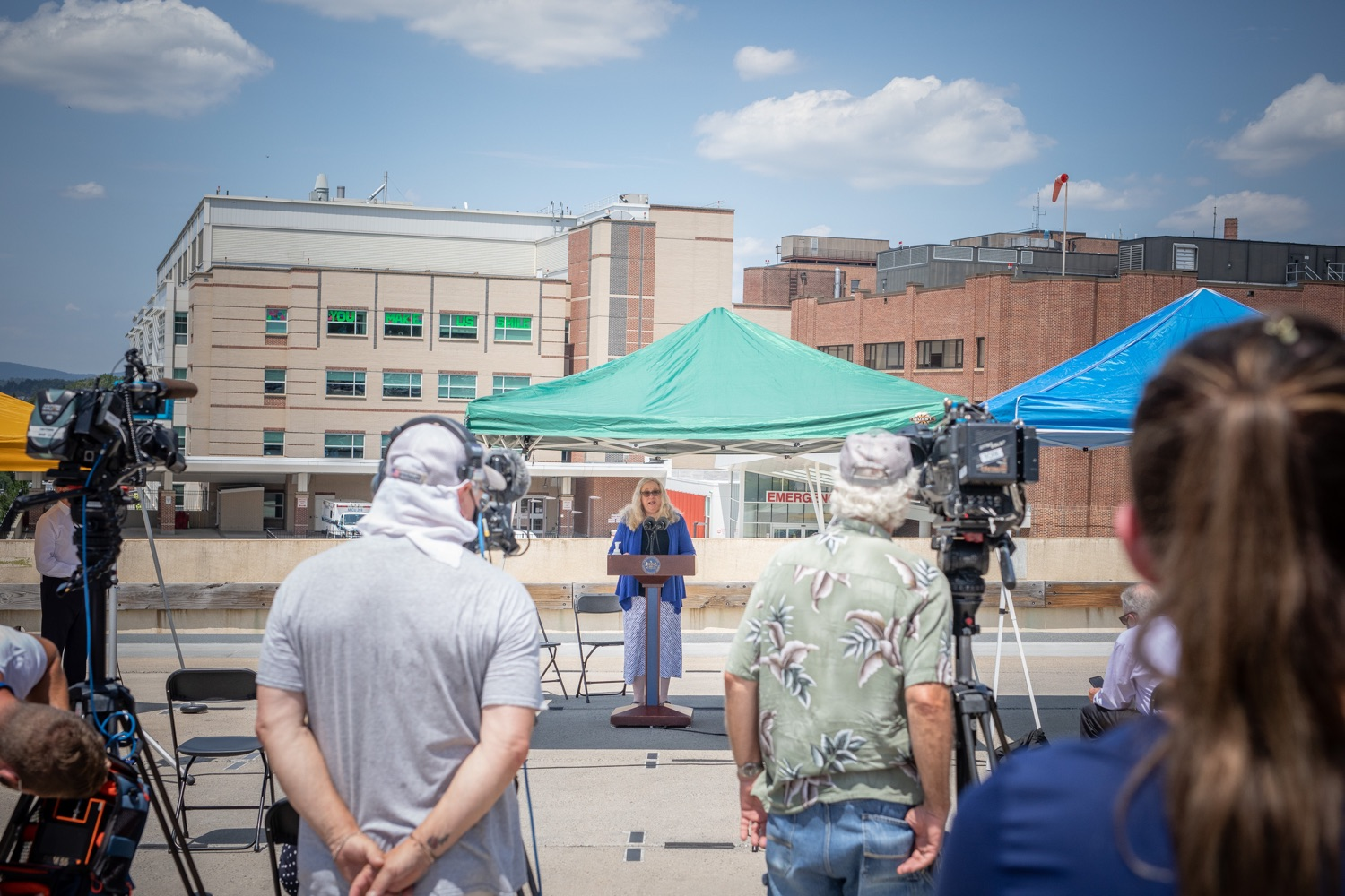 """<a href=""""https://filesource.wostreaming.net/commonwealthofpa/photo/18173_gov_wellspan_hospital_dz_05.jpg"""" target=""""_blank"""">⇣Download Photo<br></a>Pennsylvania Secretary of Health Dr. Rachel Levine speaking to the press.  With a recent rise in COVID cases and subsequent additional targeted mitigation efforts put in place, Governor Tom Wolf today visited WellSpan York Hospital to thank staff and emphasize why mask-wearing and social distancing are necessary and effective to fight the spread of COVID-19.  Harrisburg, PA  July 21, 2020"""