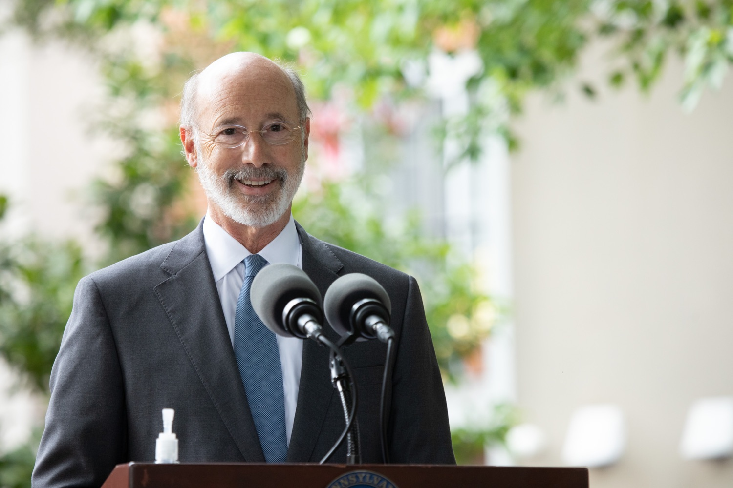 "<a href=""https://filesource.wostreaming.net/commonwealthofpa/photo/18178_GOV_Lancaster_Health_dz__01.jpg"" target=""_blank"">⇣ Download Photo<br></a>Pennsylvania Governor Tom Wolf speaking at the event.  Governor Tom Wolf today visited Lancaster Health Center, a federally qualified health center, to thank staff for their work to ensure the communitys most vulnerable receive care during COVID-19 and year-round.  Harrisburg, PA  July 24, 2020"