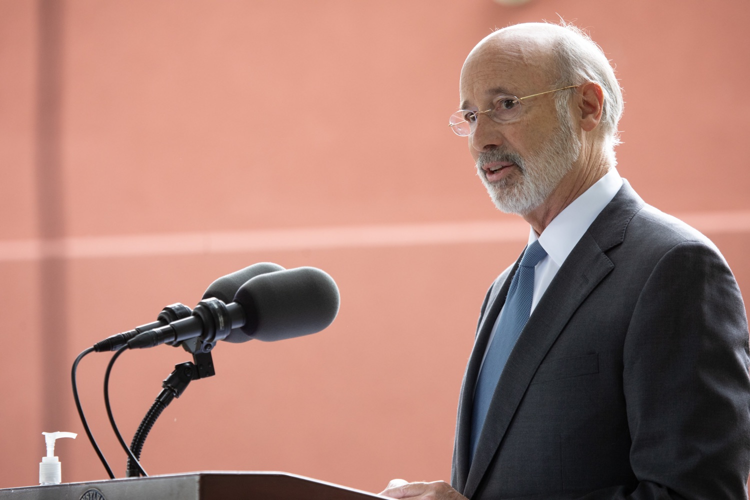 "<a href=""https://filesource.wostreaming.net/commonwealthofpa/photo/18178_GOV_Lancaster_Health_dz__07.jpg"" target=""_blank"">⇣ Download Photo<br></a>Pennsylvania Governor Tom Wolf speaking at the event.  Governor Tom Wolf today visited Lancaster Health Center, a federally qualified health center, to thank staff for their work to ensure the communitys most vulnerable receive care during COVID-19 and year-round.  Harrisburg, PA  July 24, 2020"