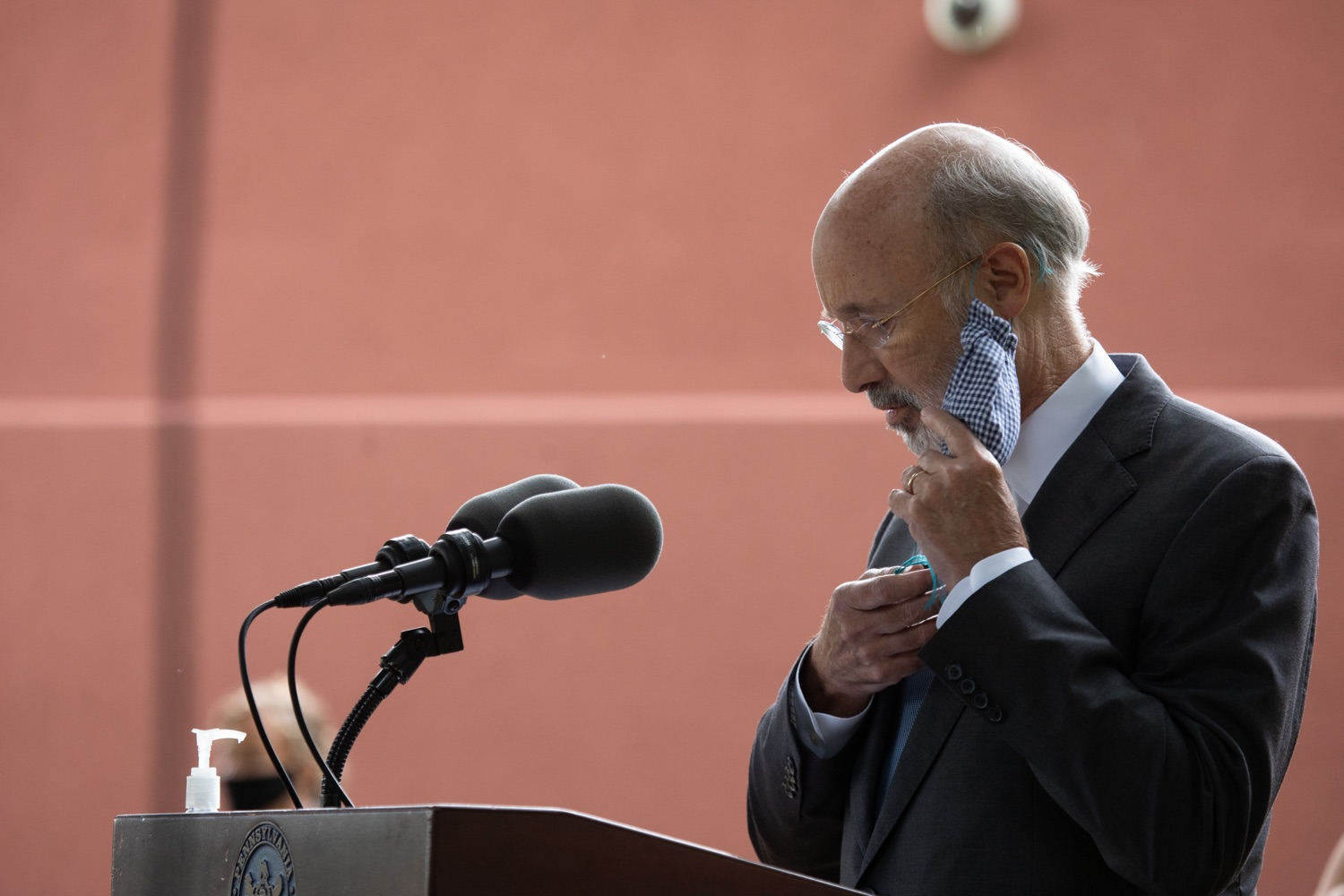 "<a href=""https://filesource.wostreaming.net/commonwealthofpa/photo/18178_GOV_Lancaster_Health_dz__14.jpg"" target=""_blank"">⇣ Download Photo<br></a>Pennsylvania Governor Tom Wolf speaking at the event.  Governor Tom Wolf today visited Lancaster Health Center, a federally qualified health center, to thank staff for their work to ensure the communitys most vulnerable receive care during COVID-19 and year-round.  Harrisburg, PA  July 24, 2020"