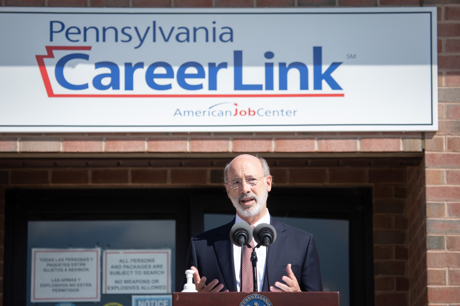 """<a href=""""https://filesource.wostreaming.net/commonwealthofpa/photo/18184_gov_CareerLink02.JPG"""" target=""""_blank"""">⇣Download Photo<br></a>Pennsylvania governor Tom Wolf speaking at the event.  Governor Tom Wolf today visited the PA CareerLink York County to highlight the virtual services available to people looking for work and employers seeking qualified candidates. The governor also urged Republicans in Congress to extend the Federal Pandemic Unemployment Compensation program that provides an extra $600 a week to people receiving unemployment compensation. The federal program ended July 25.  Harrisburg, PA  July 28, 2020"""