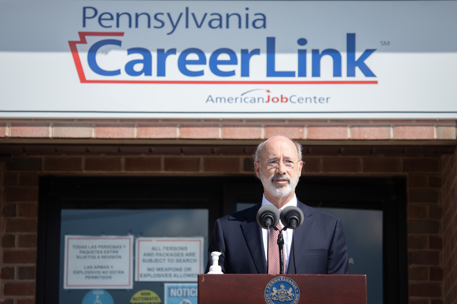 """<a href=""""https://filesource.wostreaming.net/commonwealthofpa/photo/18184_gov_CareerLink14.JPG"""" target=""""_blank"""">⇣Download Photo<br></a>Pennsylvania governor Tom Wolf speaking at the event.  Governor Tom Wolf today visited the PA CareerLink York County to highlight the virtual services available to people looking for work and employers seeking qualified candidates. The governor also urged Republicans in Congress to extend the Federal Pandemic Unemployment Compensation program that provides an extra $600 a week to people receiving unemployment compensation. The federal program ended July 25.  Harrisburg, PA  July 28, 2020"""