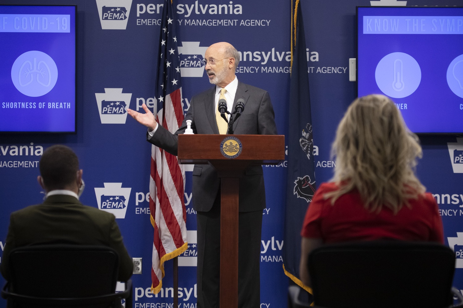 """<a href=""""https://filesource.wostreaming.net/commonwealthofpa/photo/18201_gov_orasure_dz_018.jpg"""" target=""""_blank"""">⇣Download Photo<br></a>Pennsylvania Governor Tom Wolf speaking to the press.  Today, Governor Tom Wolf announced that OraSure Technologies Inc., a developer and manufacturer of rapid diagnostic tests, collection and stabilization devices headquartered in Northampton County, will expand its manufacturing operations in the Lehigh Valley, creating 177 new, full-time jobs and retaining 233 jobs.  Harrisburg, PA  August 11, 2020"""