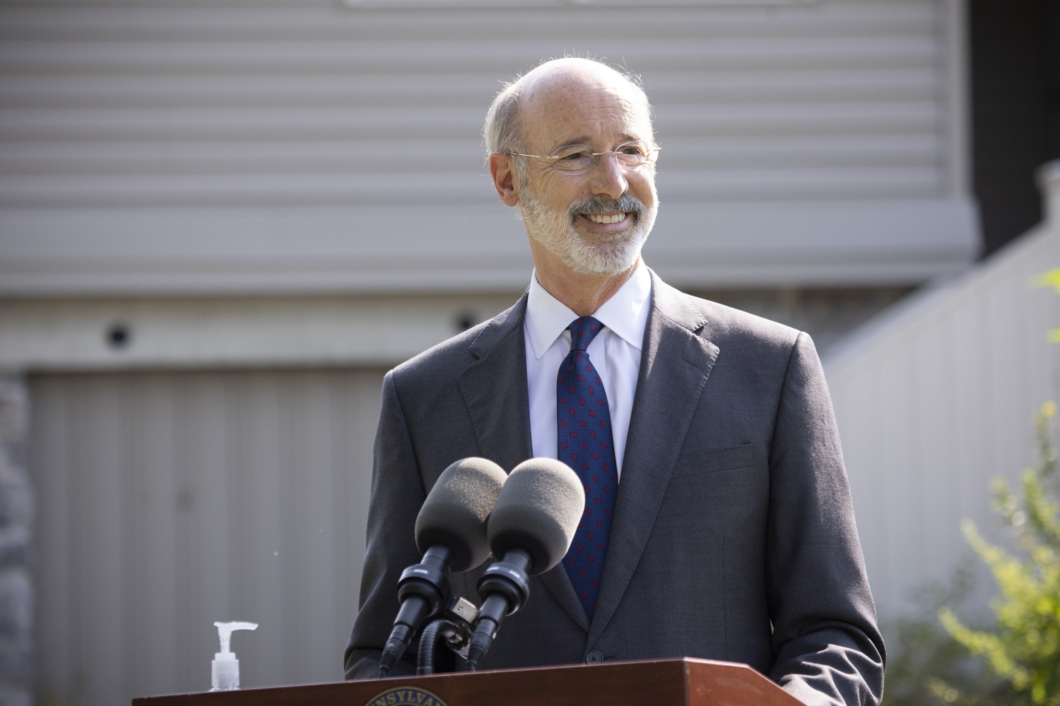 "<a href=""https://filesource.wostreaming.net/commonwealthofpa/photo/18248_gov_evictions_dz_039.jpg"" target=""_blank"">⇣ Download Photo<br></a>Pennsylvania Governor Tom Wolf speaking to the press. With rent and mortgage debt mounting for hundreds of thousands of Pennsylvanians, Governor Tom Wolf is calling on the General Assembly to fix a state relief program to prevent many families from becoming homeless and enact a moratorium on evictions and foreclosures until the end of the year. The governor was joined today by legislators and housing advocates at a press conference in Lancaster County. Harrisburg, PA  Sept. 8, 2020"