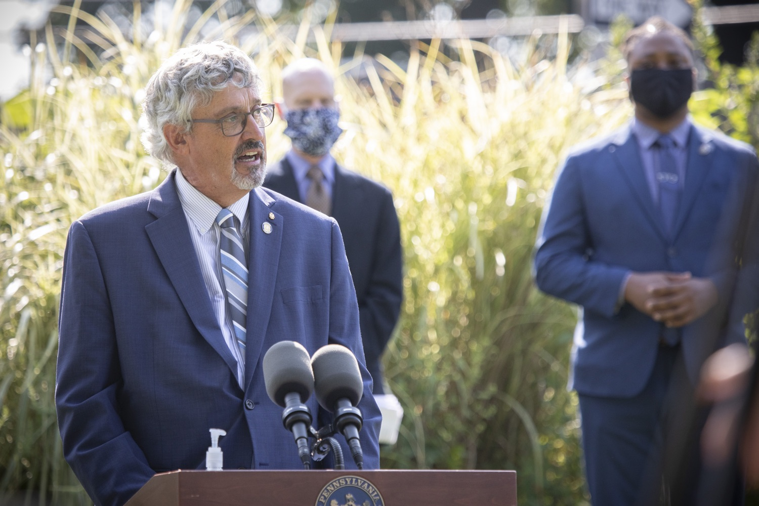 "<a href=""https://filesource.wostreaming.net/commonwealthofpa/photo/18248_gov_evictions_dz_040.jpg"" target=""_blank"">⇣ Download Photo<br></a>Pennsylvania Senator Tim Kearney speaking to the press.  With rent and mortgage debt mounting for hundreds of thousands of Pennsylvanians, Governor Tom Wolf is calling on the General Assembly to fix a state relief program to prevent many families from becoming homeless and enact a moratorium on evictions and foreclosures until the end of the year. The governor was joined today by legislators and housing advocates at a press conference in Lancaster County. Harrisburg, PA  Sept. 8, 2020"