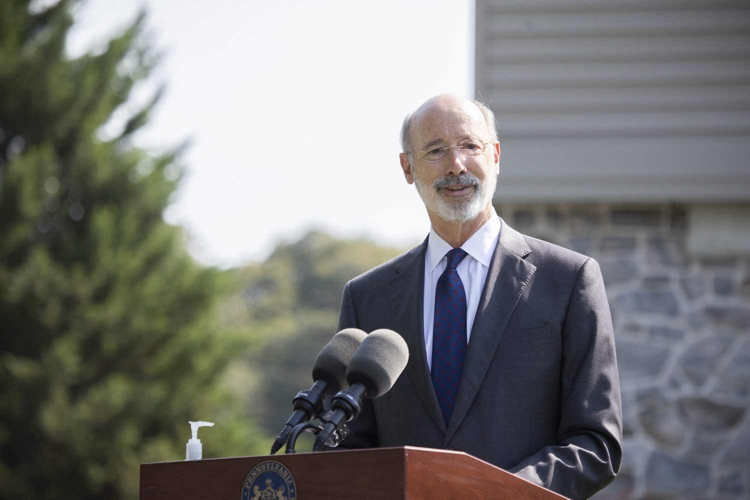 "<a href=""https://filesource.wostreaming.net/commonwealthofpa/photo/18248_gov_evictions_dz_044.jpg"" target=""_blank"">⇣ Download Photo<br></a>Pennsylvania Governor Tom Wolf speaking to the press. With rent and mortgage debt mounting for hundreds of thousands of Pennsylvanians, Governor Tom Wolf is calling on the General Assembly to fix a state relief program to prevent many families from becoming homeless and enact a moratorium on evictions and foreclosures until the end of the year. The governor was joined today by legislators and housing advocates at a press conference in Lancaster County. Harrisburg, PA  Sept. 8, 2020"