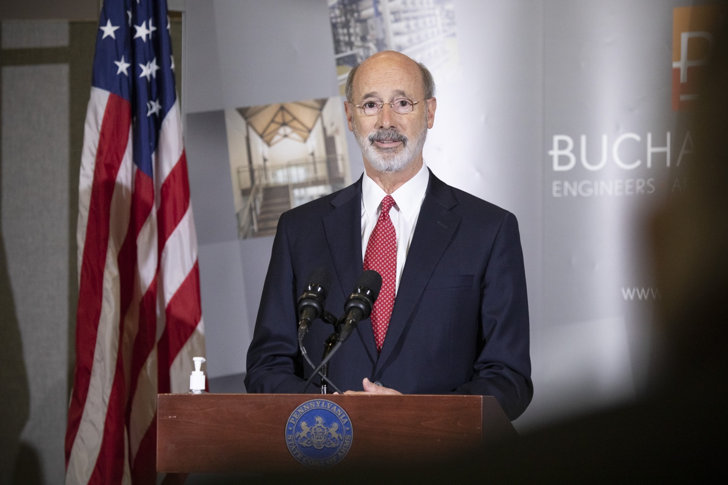 "<a href=""https://filesource.wostreaming.net/commonwealthofpa/photo/18250_gov_covidFunding_dz_018.jpg"" target=""_blank"">⇣ Download Photo<br></a>Pennsylvania Governor Tom Wolf speaking to the press.  As small businesses continue to feel an economic impact of the COVID-19 public health crisis, Governor Tom Wolf today called on the General Assembly to provide additional funding to support these businesses. The governor was joined by the York County Economic Alliance, local elected officials and business advocates.  York, PA  September 10, 2020"