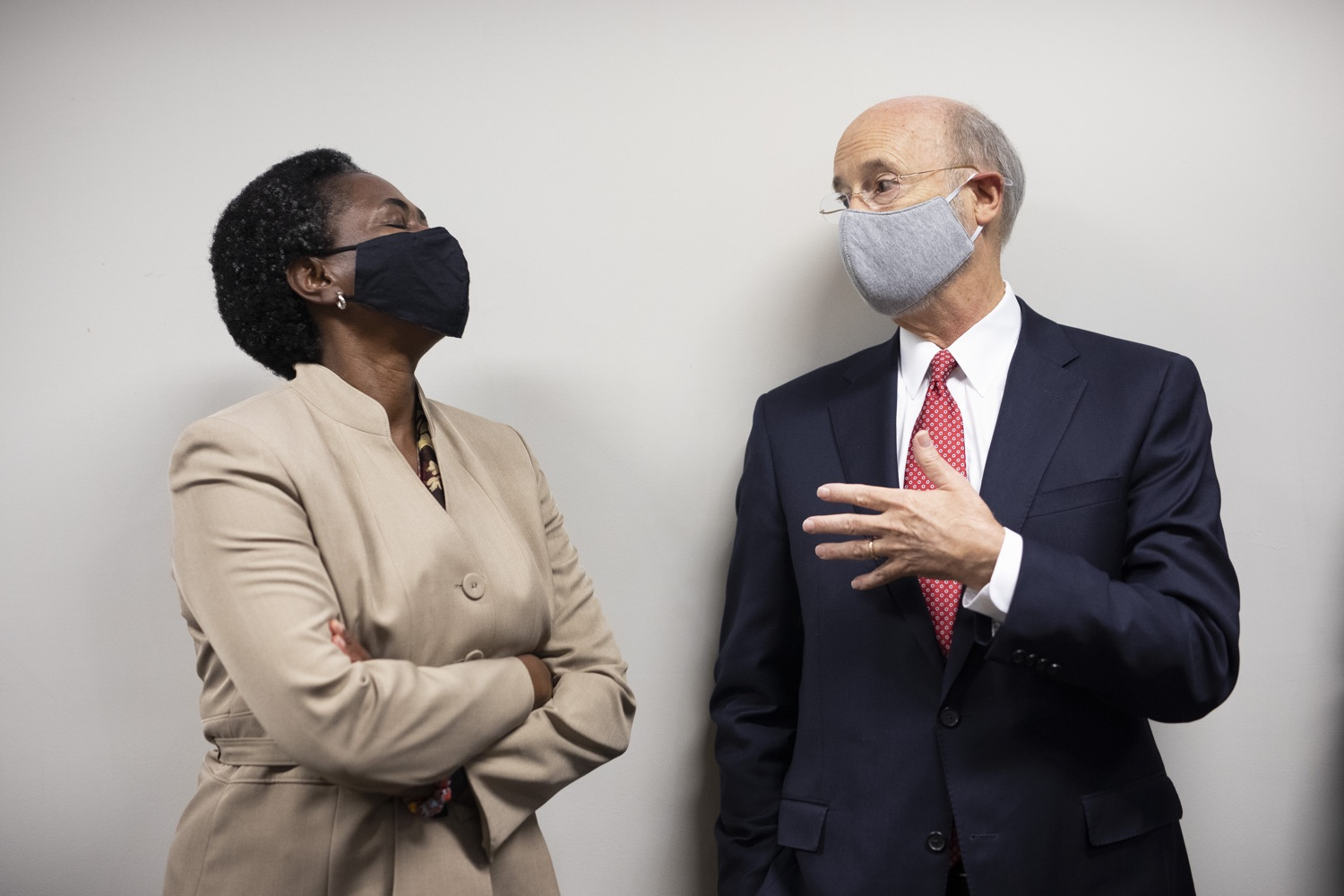 "<a href=""https://filesource.wostreaming.net/commonwealthofpa/photo/18250_gov_covidFunding_dz_019.jpg"" target=""_blank"">⇣ Download Photo<br></a>Pennsylvania Governor Tom Wolf  greeting Grace Quartey, CPA, owner, Grace & Associates.  As small businesses continue to feel an economic impact of the COVID-19 public health crisis, Governor Tom Wolf today called on the General Assembly to provide additional funding to support these businesses. The governor was joined by the York County Economic Alliance, local elected officials and business advocates.  York, PA  September 10, 2020"