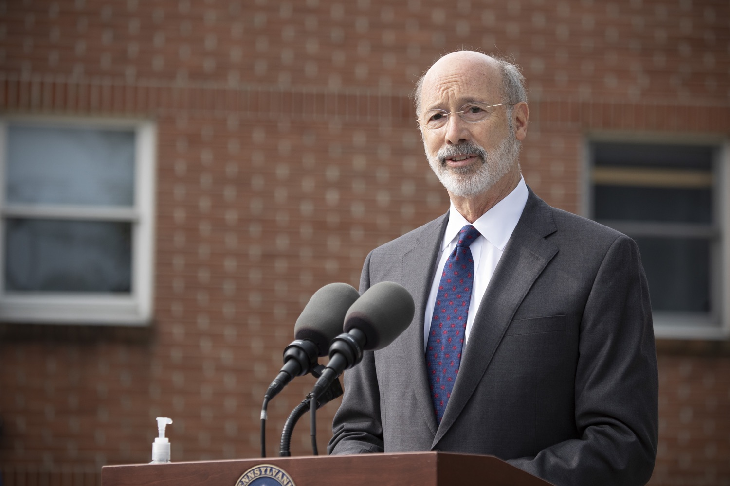 "<a href=""https://filesource.wostreaming.net/commonwealthofpa/photo/18259_gov_electionReform_dz_007.jpg"" target=""_blank"">⇣ Download Photo<br></a>Pennsylvania Governor Tom Wolf speaking to the press.  With only seven weeks left before the Nov. 3 election, Governor Tom Wolf is urging immediate legislative action to ensure voters receive their mail-in ballots early and give counties more time to process and count ballots before election day. The governor also reassured Pennsylvanians that in-person voting is safe, and all eligible votes will be counted. SEPTEMBER 14, 2020 - YORK, PA."