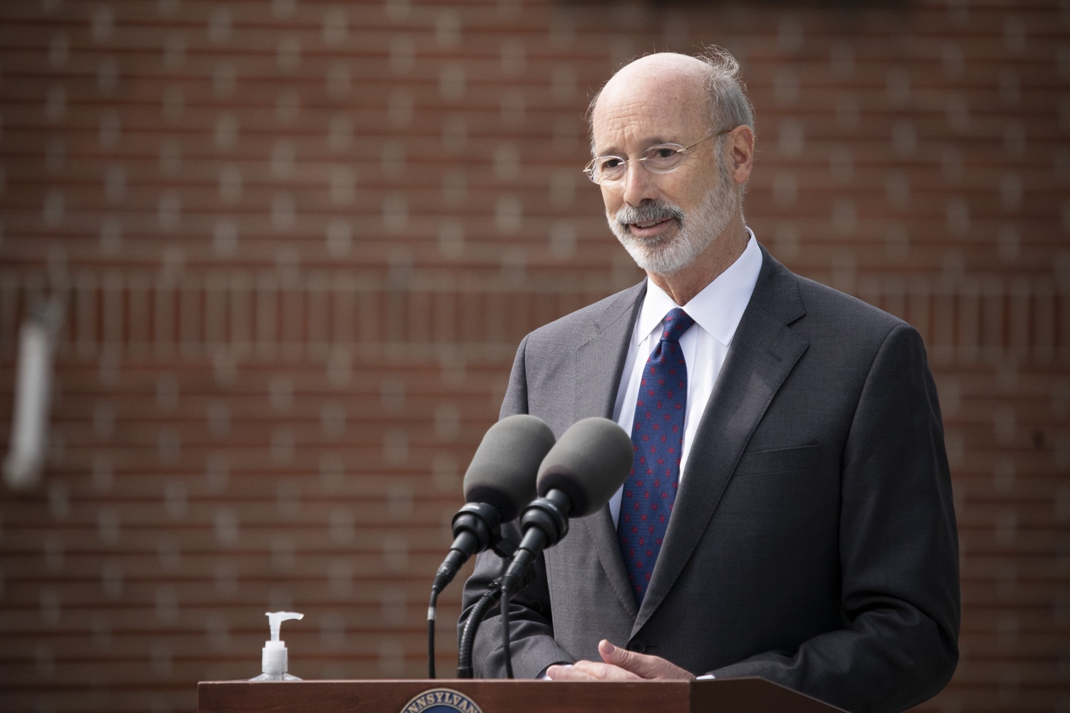 "<a href=""https://filesource.wostreaming.net/commonwealthofpa/photo/18259_gov_electionReform_dz_015.jpg"" target=""_blank"">⇣ Download Photo<br></a>Pennsylvania Governor Tom Wolf speaking to the press.  With only seven weeks left before the Nov. 3 election, Governor Tom Wolf is urging immediate legislative action to ensure voters receive their mail-in ballots early and give counties more time to process and count ballots before election day. The governor also reassured Pennsylvanians that in-person voting is safe, and all eligible votes will be counted. SEPTEMBER 14, 2020 - YORK, PA."