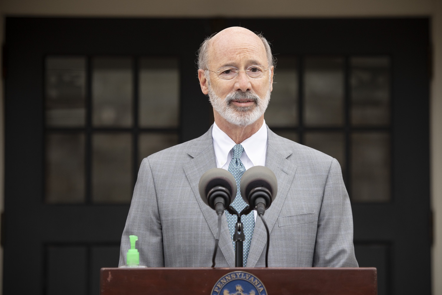 """<a href=""""https://filesource.wostreaming.net/commonwealthofpa/photo/18299_gov_covidgrant_dz_003.jpg"""" target=""""_blank"""">⇣Download Photo<br></a>Pennsylvania Governor Tom Wolf speaks to the press.   Governor Tom Wolf today announced that an additional $96 million in state grants have been approved for 5,373 Pennsylvania small businesses that were impacted by the business closure order due to the COVID-19 public health crisis. Harrisburg, PA  October 5, 2020"""