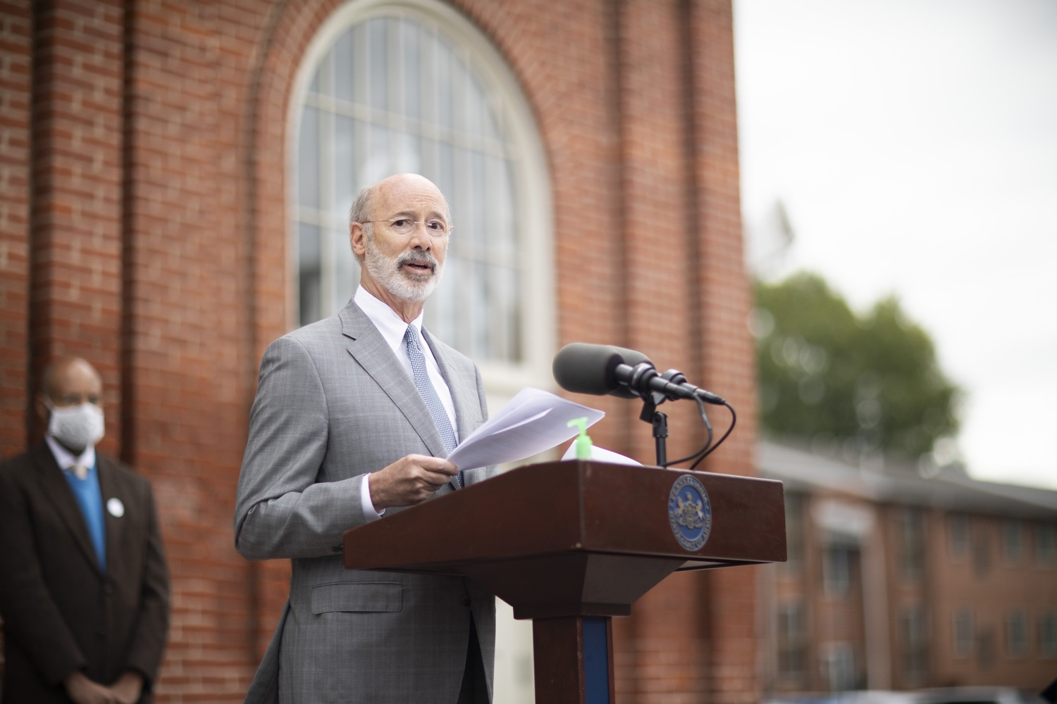 """<a href=""""https://filesource.wostreaming.net/commonwealthofpa/photo/18299_gov_covidgrant_dz_019.jpg"""" target=""""_blank"""">⇣Download Photo<br></a>Pennsylvania Governor Tom Wolf speaks to the press.   Governor Tom Wolf today announced that an additional $96 million in state grants have been approved for 5,373 Pennsylvania small businesses that were impacted by the business closure order due to the COVID-19 public health crisis. Harrisburg, PA  October 5, 2020"""