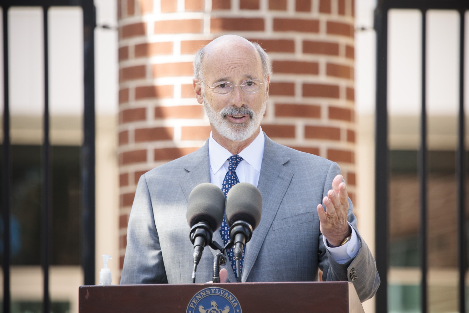 "<a href=""https://filesource.wostreaming.net/commonwealthofpa/photo/18306_gov_aca_dz_006.jpg"" target=""_blank"">⇣ Download Photo<br></a>Pennsylvania Governor Tom Wolf speaking with the press.  Governor Tom Wolf today amplified his call to protect the ACA and provide health care for all amid threats as the US Senate Judiciary Committee hearings to confirm conservative Judge Amy Coney Barrett to the Supreme Court begin next week and the pandemic ramps up across the country. York, PA  October 8, 2020"