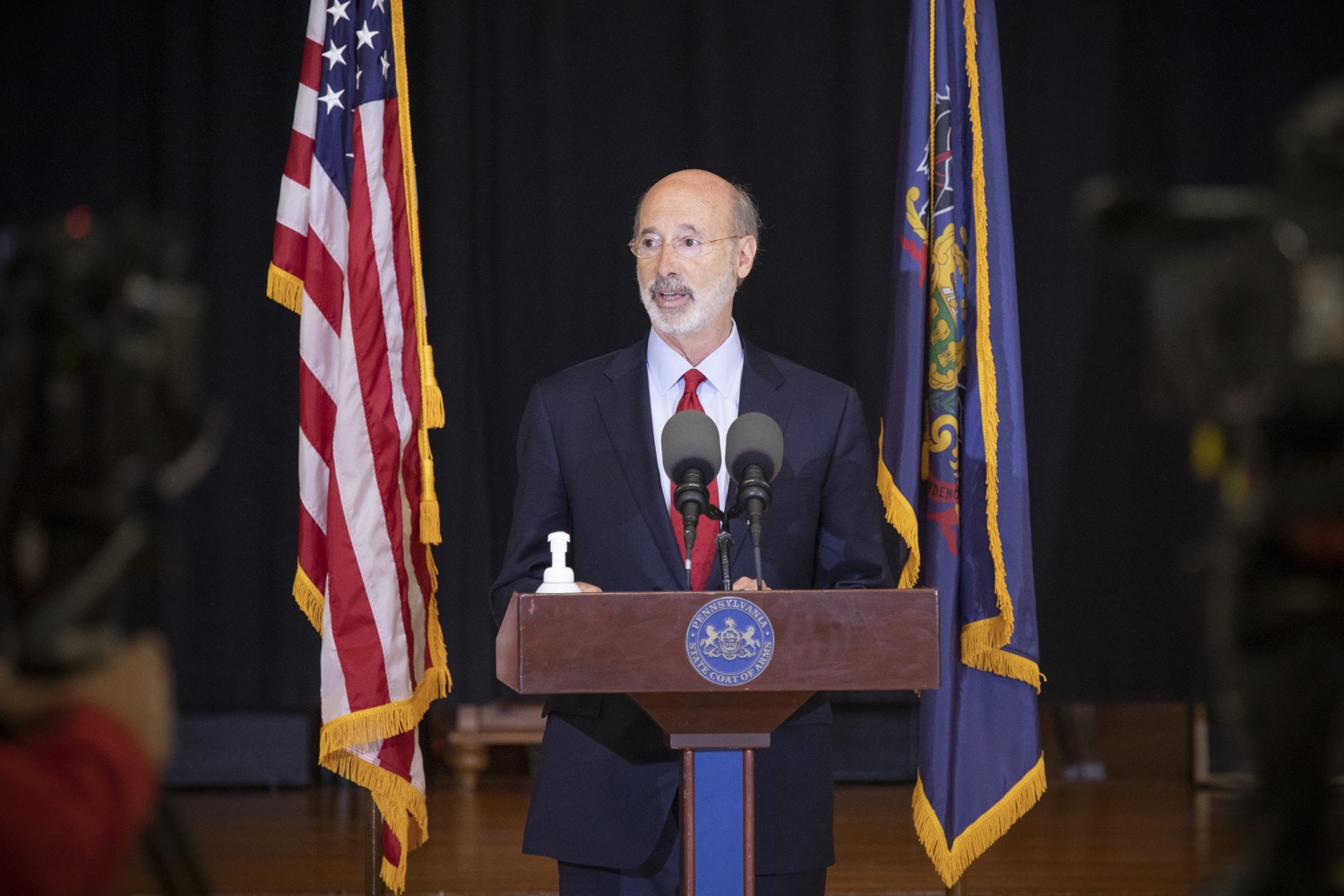 """<a href=""""https://filesource.wostreaming.net/commonwealthofpa/photo/18310_gov_adult_use_cannabis_dz_009.jpg"""" target=""""_blank"""">⇣Download Photo<br></a>Governor Tom Wolf speaks to the press.Governor Tom Wolf visited The Mountain Center in Tobyhanna, Monroe County today to talk about the economic growth potential and restorative justice benefits of legalizing adult-use cannabis, something the state General Assembly has not yet done despite multiple requests from the governor and Lieutenant Governor John Fetterman to take up legislation this fall.  Tobyhanna, PA  October 13, 2020"""