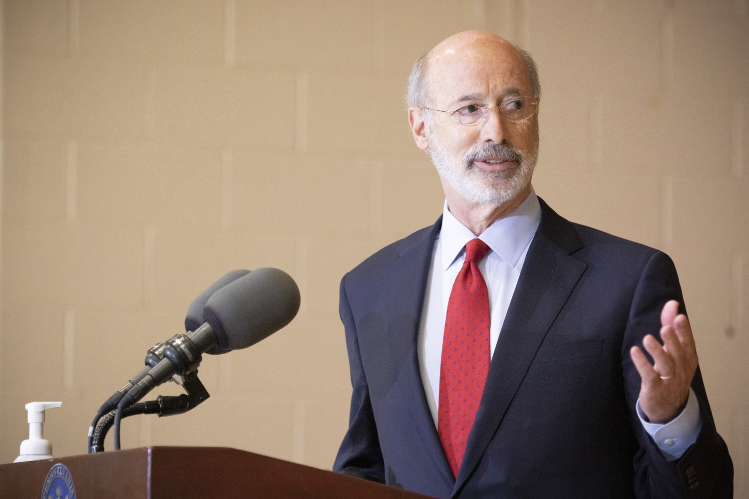 """<a href=""""https://filesource.wostreaming.net/commonwealthofpa/photo/18310_gov_adult_use_cannabis_dz_013.jpg"""" target=""""_blank"""">⇣Download Photo<br></a>Governor Tom Wolf speaks to the press.Governor Tom Wolf visited The Mountain Center in Tobyhanna, Monroe County today to talk about the economic growth potential and restorative justice benefits of legalizing adult-use cannabis, something the state General Assembly has not yet done despite multiple requests from the governor and Lieutenant Governor John Fetterman to take up legislation this fall.  Tobyhanna, PA  October 13, 2020"""