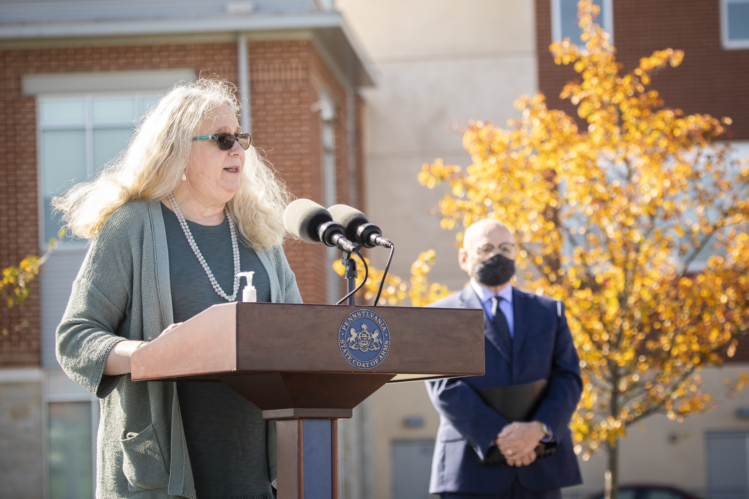 """<a href=""""https://filesource.wostreaming.net/commonwealthofpa/photo/18316_doh_covid19_dz_019.jpg"""" target=""""_blank"""">⇣Download Photo<br></a>Dr. Rachel Levine, Pennsylvania Secretary of Health answers questions from the press.  The Wolf Administration today began distributing the first allotment of 250,000 COVID-19 antigen test kits provided by the federal government to Clinical Laboratory Improvement Amendments (CLIA)-certified institutions across Pennsylvania. Distribution is starting with Bradford, Centre, Lebanon, Montour, Northumberland, Schuylkill and Snyder counties because of the recent high disease incidence rate in these areas. Harrisburg, PA  October 14, 2020"""