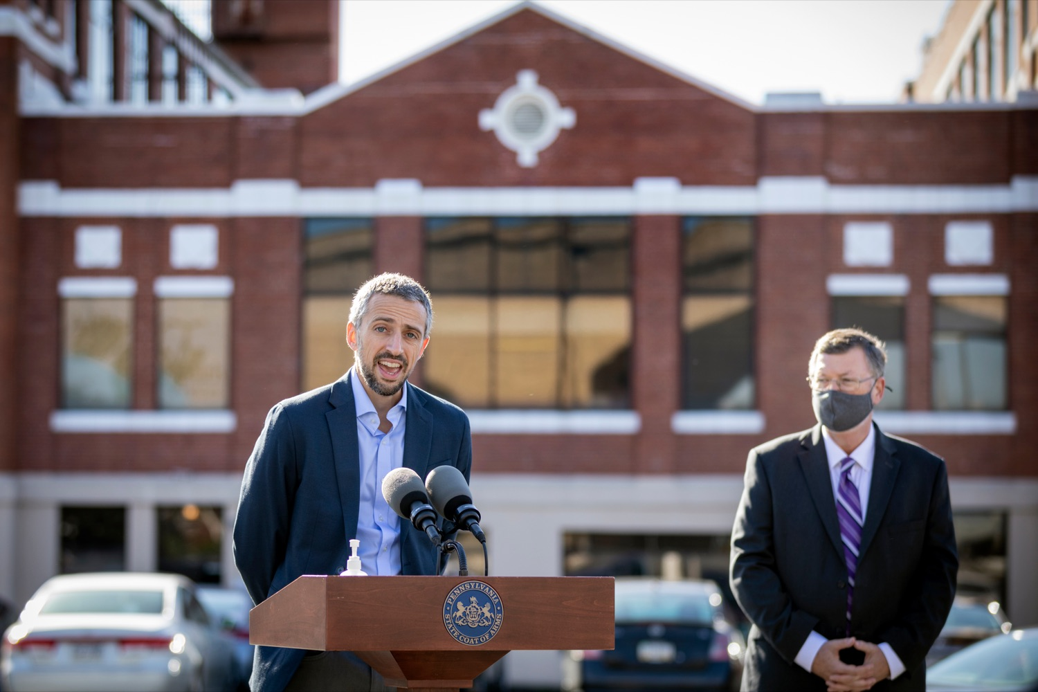 """<a href=""""https://filesource.wostreaming.net/commonwealthofpa/photo/18317_LI_CareerLink_NK_004.jpg"""" target=""""_blank"""">⇣Download Photo<br></a>Jesse McCree, CEO of SCPa Works, speaks during a press conference, which announced a redesigned PA CareerLink® website, outside of Pa CareerLink Capitol Region on Wednesday, October 14, 2020."""