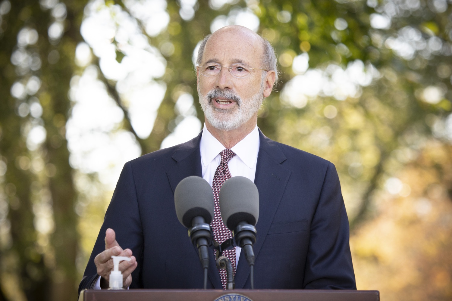 "<a href=""https://filesource.wostreaming.net/commonwealthofpa/photo/18321_gov_aca_dz_002.jpg"" target=""_blank"">⇣ Download Photo<br></a>Pennsylvania Governor Tom Wolf speaking to the press.  As the number of positive COVID-19 cases rise in Pennsylvania and as we enter flu season, protecting the Affordable Care Act (ACA) and ensuring that all Pennsylvanians have access to health coverage are more important than ever, Governor Tom Wolf said today in Chester County. The governor was joined by local elected officials and representatives from local health care organizations. Landenberg, PA  October 15, 2020"