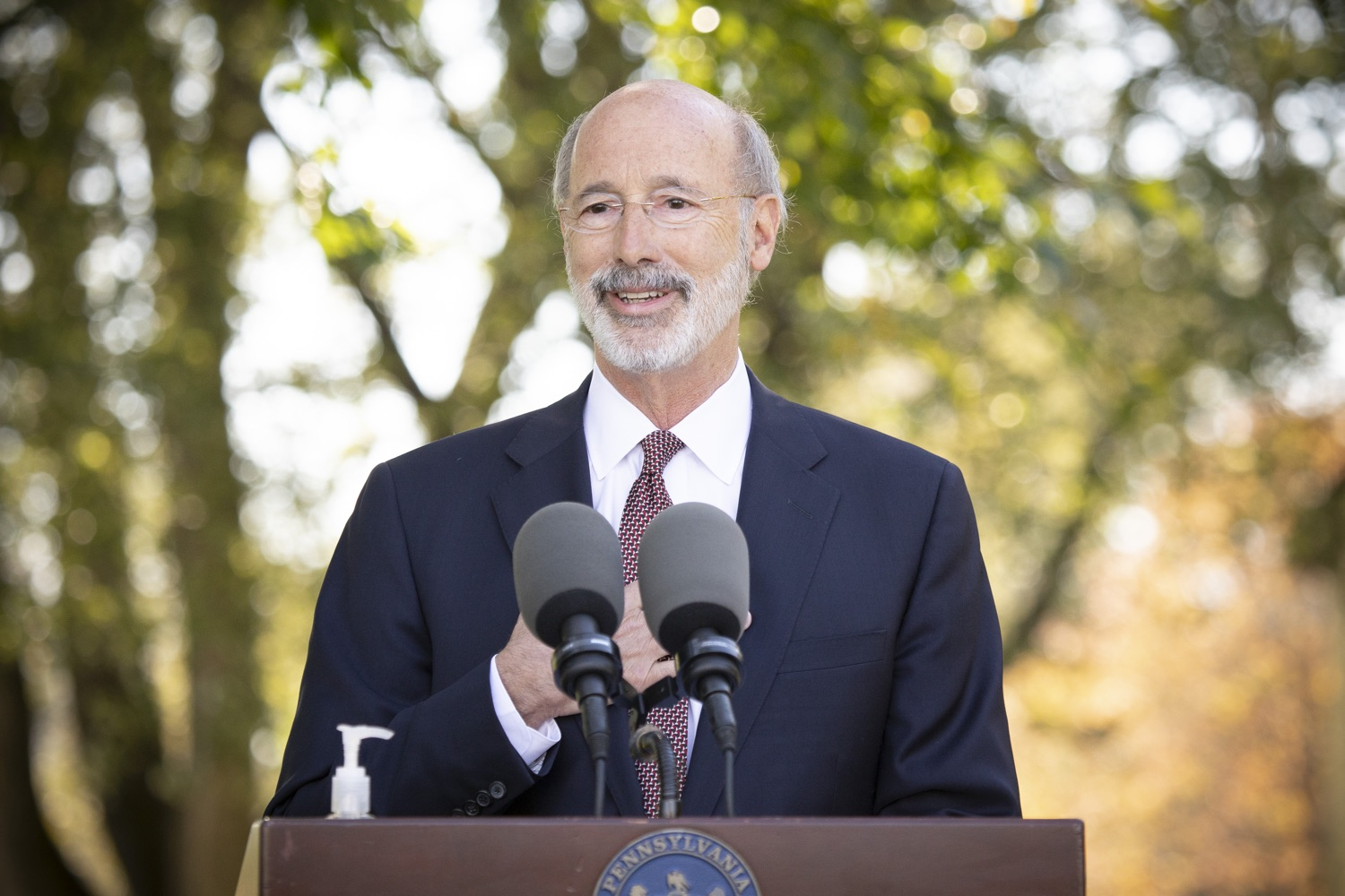 "<a href=""https://filesource.wostreaming.net/commonwealthofpa/photo/18321_gov_aca_dz_011.jpg"" target=""_blank"">⇣ Download Photo<br></a>Pennsylvania Governor Tom Wolf speaking to the press.  As the number of positive COVID-19 cases rise in Pennsylvania and as we enter flu season, protecting the Affordable Care Act (ACA) and ensuring that all Pennsylvanians have access to health coverage are more important than ever, Governor Tom Wolf said today in Chester County. The governor was joined by local elected officials and representatives from local health care organizations. Landenberg, PA  October 15, 2020"