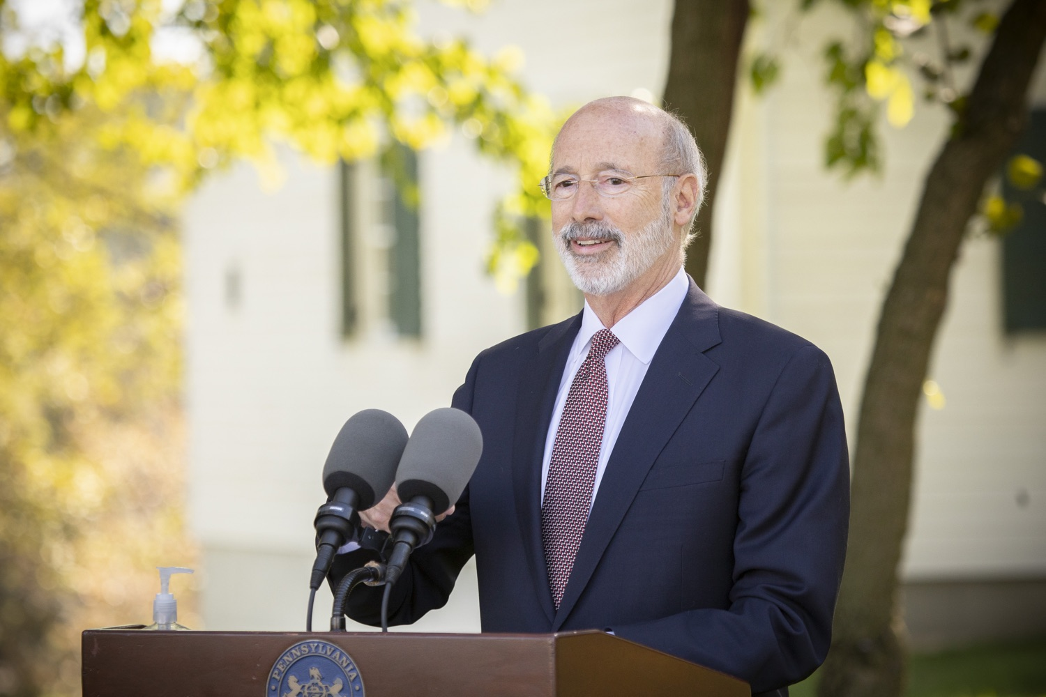 "<a href=""https://filesource.wostreaming.net/commonwealthofpa/photo/18321_gov_aca_dz_020.jpg"" target=""_blank"">⇣ Download Photo<br></a>Pennsylvania Governor Tom Wolf speaking to the press.  As the number of positive COVID-19 cases rise in Pennsylvania and as we enter flu season, protecting the Affordable Care Act (ACA) and ensuring that all Pennsylvanians have access to health coverage are more important than ever, Governor Tom Wolf said today in Chester County. The governor was joined by local elected officials and representatives from local health care organizations. Landenberg, PA  October 15, 2020"