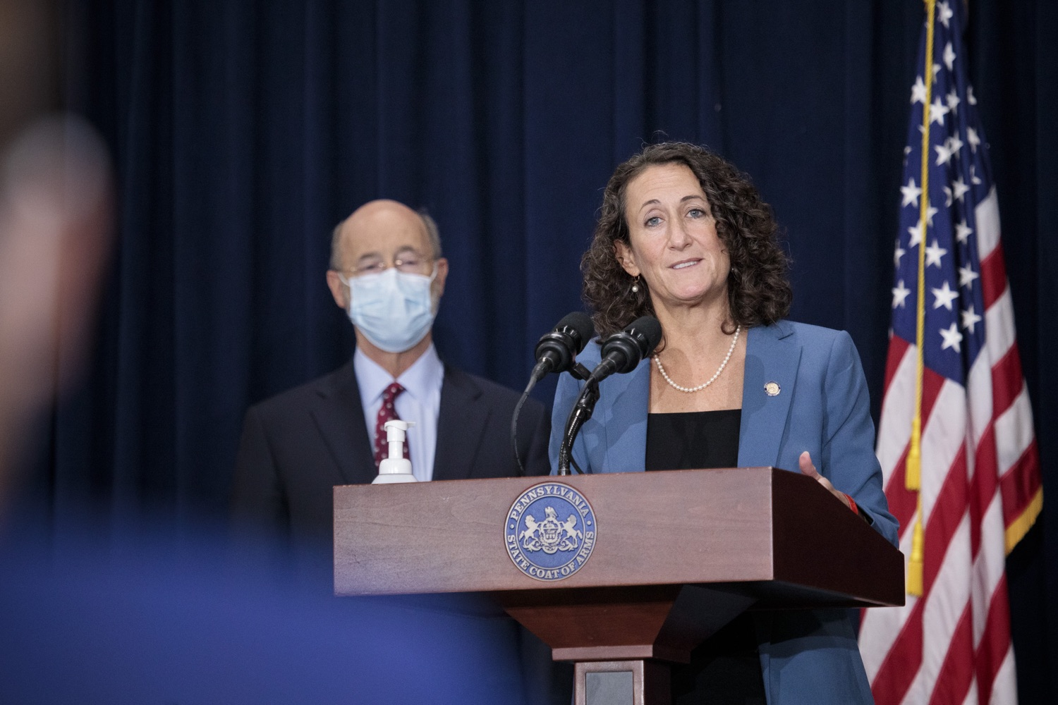 """<a href=""""https://filesource.wostreaming.net/commonwealthofpa/photo/18379_gov_election_update_dz_002.JPG"""" target=""""_blank"""">⇣Download Photo<br></a>Secretary of State Kathy Boockvar answers questions from the press.  Governor Tom Wolf and Pennsylvania Secretary of State Kathy Boockvar gave an update on the election in Pennsylvania.  NOVEMBER 04, 2020 - HARRISBURG, PA"""