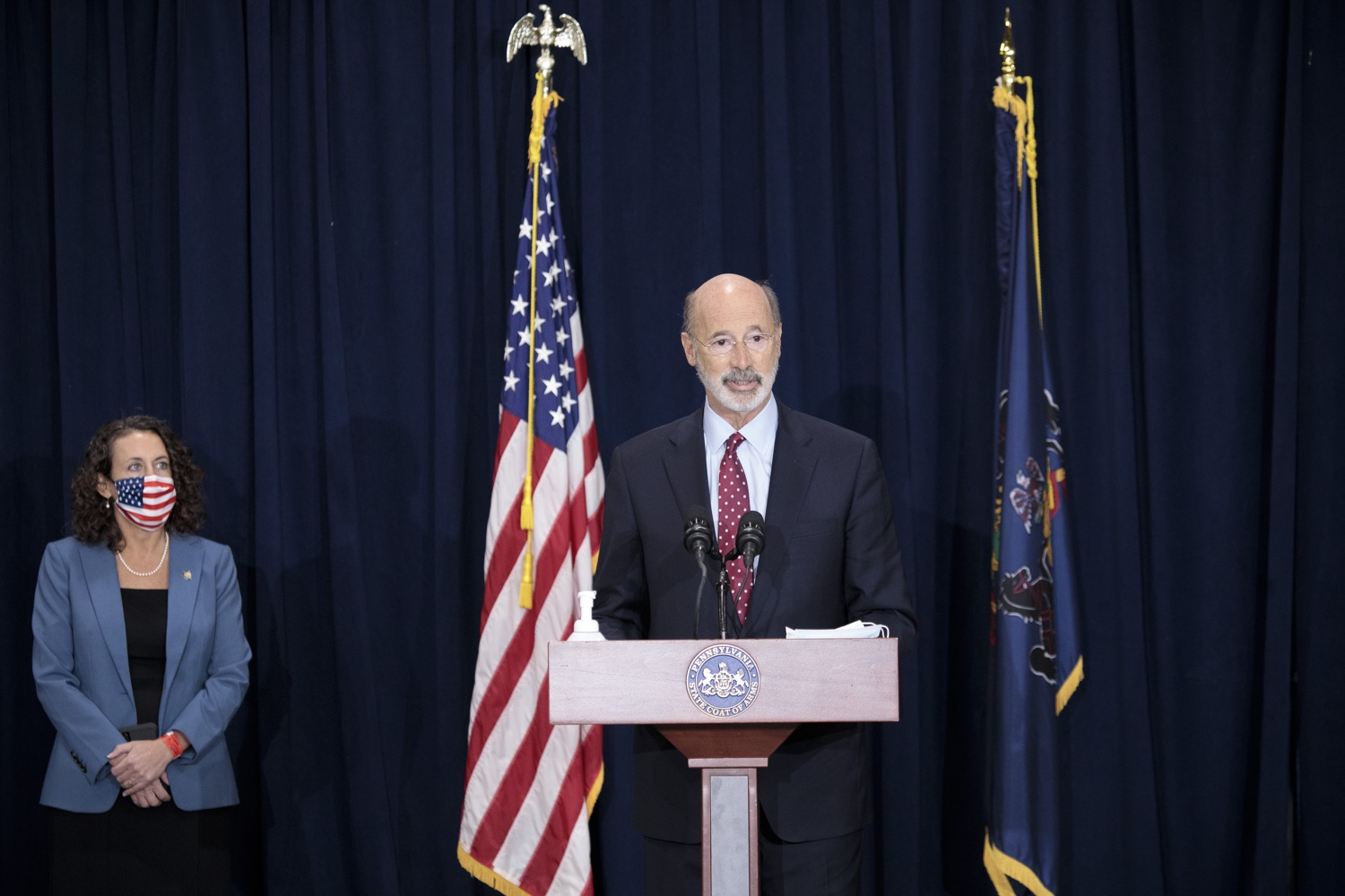 """<a href=""""https://filesource.wostreaming.net/commonwealthofpa/photo/18379_gov_election_update_dz_005.JPG"""" target=""""_blank"""">⇣Download Photo<br></a>Pennsylvania Governor Tom Wolf answers questions from the press.  Governor Tom Wolf and Pennsylvania Secretary of State Kathy Boockvar gave an update on the election in Pennsylvania.  NOVEMBER 04, 2020 - HARRISBURG, PA"""
