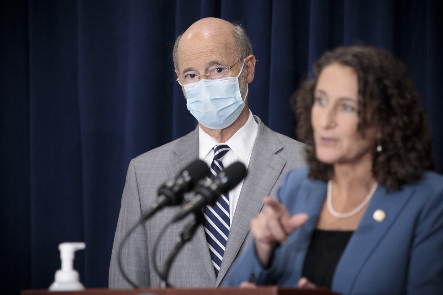 """<a href=""""https://filesource.wostreaming.net/commonwealthofpa/photo/18380_gov_election_update_dz_013.jpg"""" target=""""_blank"""">⇣Download Photo<br></a>Pennsylvania Governor Tom Wolf watches as Secretary of State Kathy Boockvar speaks to the press.  Governor Tom Wolf and Pennsylvania Secretary of State Kathy Boockvar gave an update on the election process in Pennsylvania. NOVEMBER 04, 2020 - HARRISBURG, PA"""