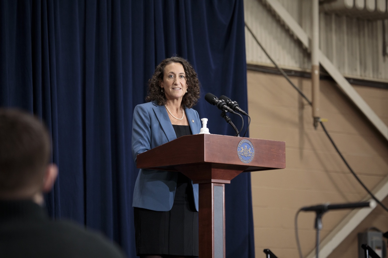 """<a href=""""https://filesource.wostreaming.net/commonwealthofpa/photo/18380_gov_election_update_dz_016.jpg"""" target=""""_blank"""">⇣Download Photo<br></a>Secretary of State Kathy Boockvar answers questions from the press.  Governor Tom Wolf and Pennsylvania Secretary of State Kathy Boockvar gave an update on the election process in Pennsylvania. NOVEMBER 04, 2020 - HARRISBURG, PA"""