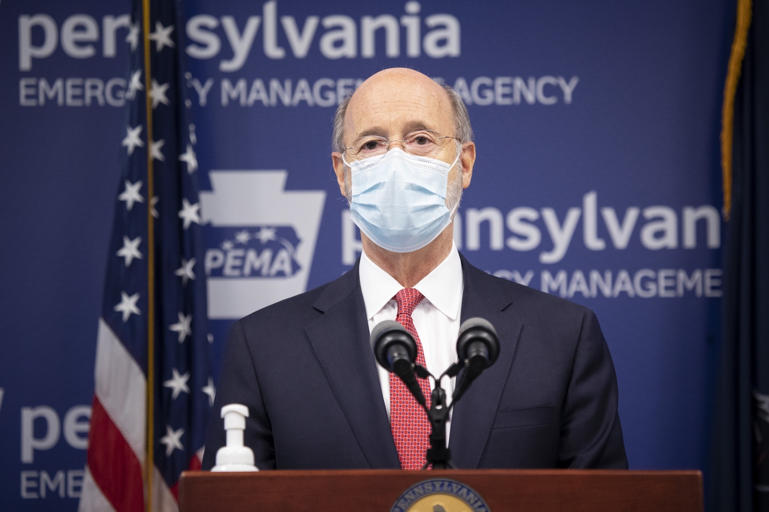 "<a href=""https://filesource.wostreaming.net/commonwealthofpa/photo/18405_gov_covidUpdate_dz_001.jpg"" target=""_blank"">⇣ Download Photo<br></a>Pennsylvania Governor Tom Wolf answers questions from the press.  With new modeling projecting 22,000 new COVID-19 cases per day in Pennsylvania in December, Governor Tom Wolf and Secretary of Health Dr. Rachel Levine today announced new targeted mitigation measures to help stop the spread during this critical time. These include a robust enforcement plan targeted at chronic violators along with an effort to ensure schools are safe and in compliance with COVID safety plans. The administration is also encouraging Pennsylvanians to limit unnecessary travel and stay at home.  Harrisburg, Pa. November 23, 2020"