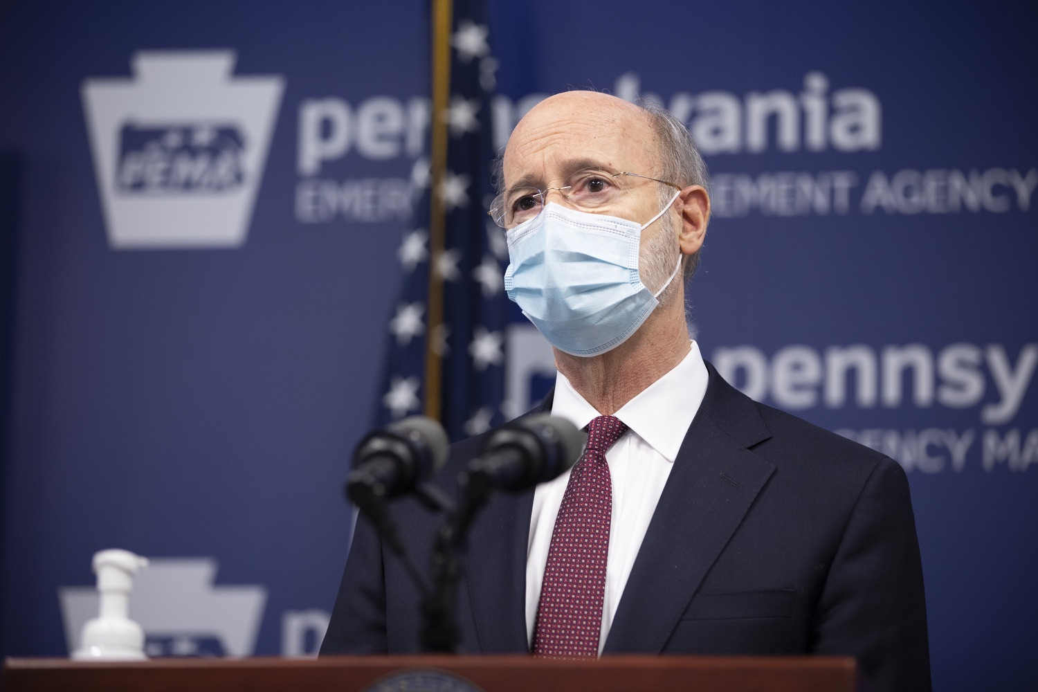 "<a href=""https://filesource.wostreaming.net/commonwealthofpa/photo/18477_gov_covidUpdate_dz_17.jpg"" target=""_blank"">⇣ Download Photo<br></a>Pennsylvania Governor Tom Wolf answers questions from the press.  An orderly, planned distribution of the COVID-19 vaccine is a priority of the Wolf Administration and today, Governor Tom Wolf and Department of Health Secretary Dr. Rachel Levine shared an update on the vaccine, stressing its safety and efficacy. Harrisburg, PA  January 12, 2021"
