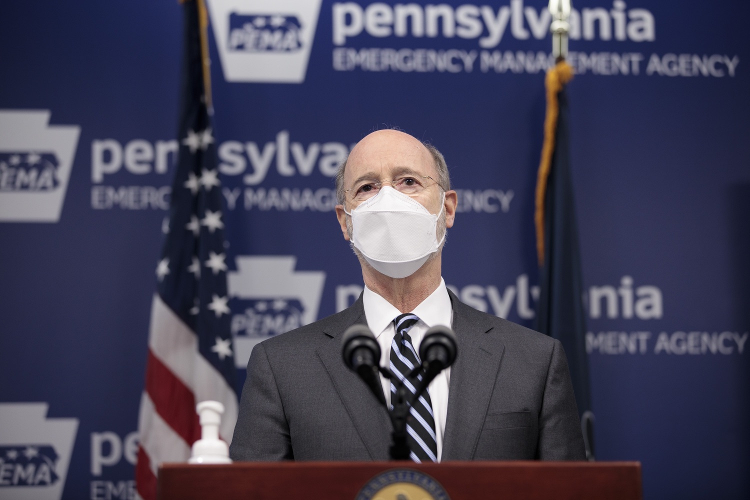 "<a href=""https://filesource.wostreaming.net/commonwealthofpa/photo/18521_gov_minimumWage_dz_03.jpg"" target=""_blank"">⇣ Download Photo<br></a>Pennsylvania Governor Tom Wolf answers questions from the press.  Building on his plan to cut personal income taxes for 2.8 million Pennsylvanians, Governor Tom Wolf wants to help thousands of essential workers struggling to buy food and avoid homelessness because of poverty wages. Today, the governor renewed his call to increase the states embarrassingly low minimum wage to $12 per hour on July 1, with annual increases of $0.50 until reaching $15 per hour on July 1, 2027. FEBRUARY 09, 2021 - HARRISBURG, PA"
