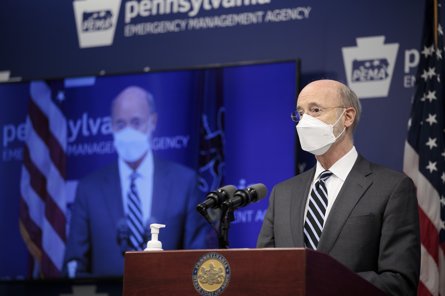 "<a href=""https://filesource.wostreaming.net/commonwealthofpa/photo/18521_gov_minimumWage_dz_05.jpg"" target=""_blank"">⇣ Download Photo<br></a>Pennsylvania Governor Tom Wolf answers questions from the press.  Building on his plan to cut personal income taxes for 2.8 million Pennsylvanians, Governor Tom Wolf wants to help thousands of essential workers struggling to buy food and avoid homelessness because of poverty wages. Today, the governor renewed his call to increase the states embarrassingly low minimum wage to $12 per hour on July 1, with annual increases of $0.50 until reaching $15 per hour on July 1, 2027. FEBRUARY 09, 2021 - HARRISBURG, PA"