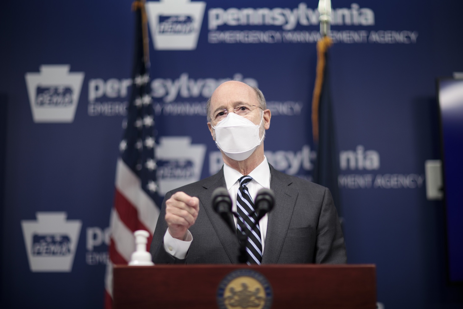"<a href=""https://filesource.wostreaming.net/commonwealthofpa/photo/18521_gov_minimumWage_dz_06.jpg"" target=""_blank"">⇣ Download Photo<br></a>Pennsylvania Governor Tom Wolf answers questions from the press.  Building on his plan to cut personal income taxes for 2.8 million Pennsylvanians, Governor Tom Wolf wants to help thousands of essential workers struggling to buy food and avoid homelessness because of poverty wages. Today, the governor renewed his call to increase the states embarrassingly low minimum wage to $12 per hour on July 1, with annual increases of $0.50 until reaching $15 per hour on July 1, 2027. FEBRUARY 09, 2021 - HARRISBURG, PA"