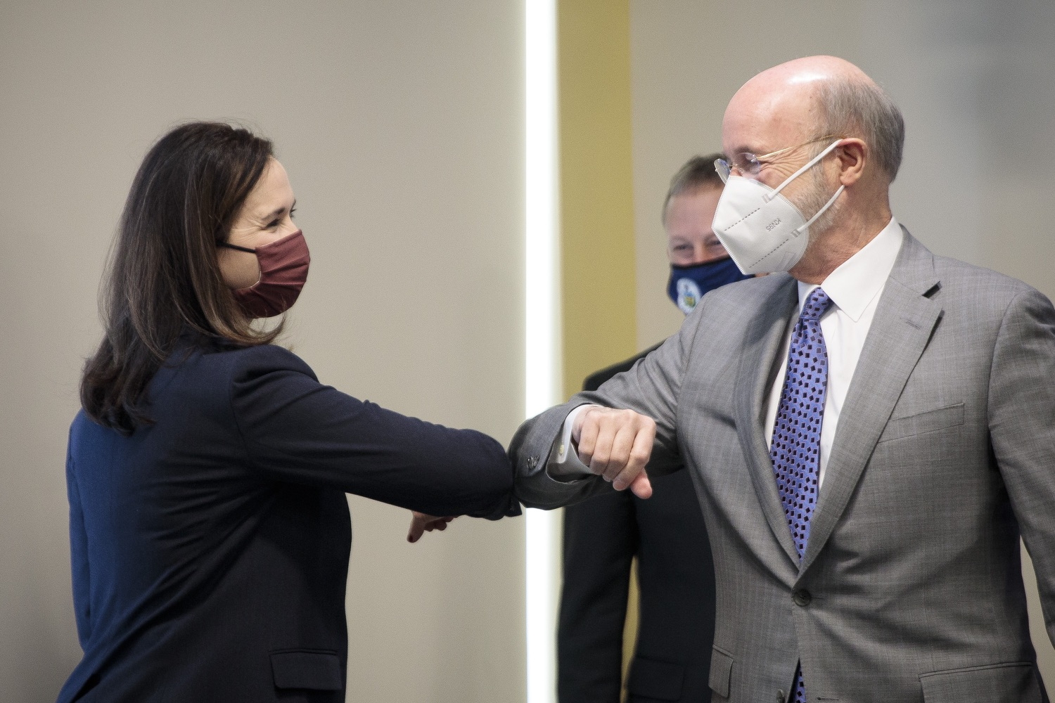 """<a href=""""https://filesource.wostreaming.net/commonwealthofpa/photo/18561_gov_vaccine_dz_19.jpg"""" target=""""_blank"""">⇣Download Photo<br></a>Pennsylvania Governor Tom Wolf greeting Rep. Bridget Kosierowski.  As part of the priority to safely and quickly get more students back in the classroom, Governor Tom Wolf and the COVID-19 Vaccine Task Force today announced that Pennsylvania will use the Johnson & Johnson (Janssen) single-dose COVID-19 vaccine for PreK-12 teachers and other school staff. Harrisburg, PA  March 3, 2021"""