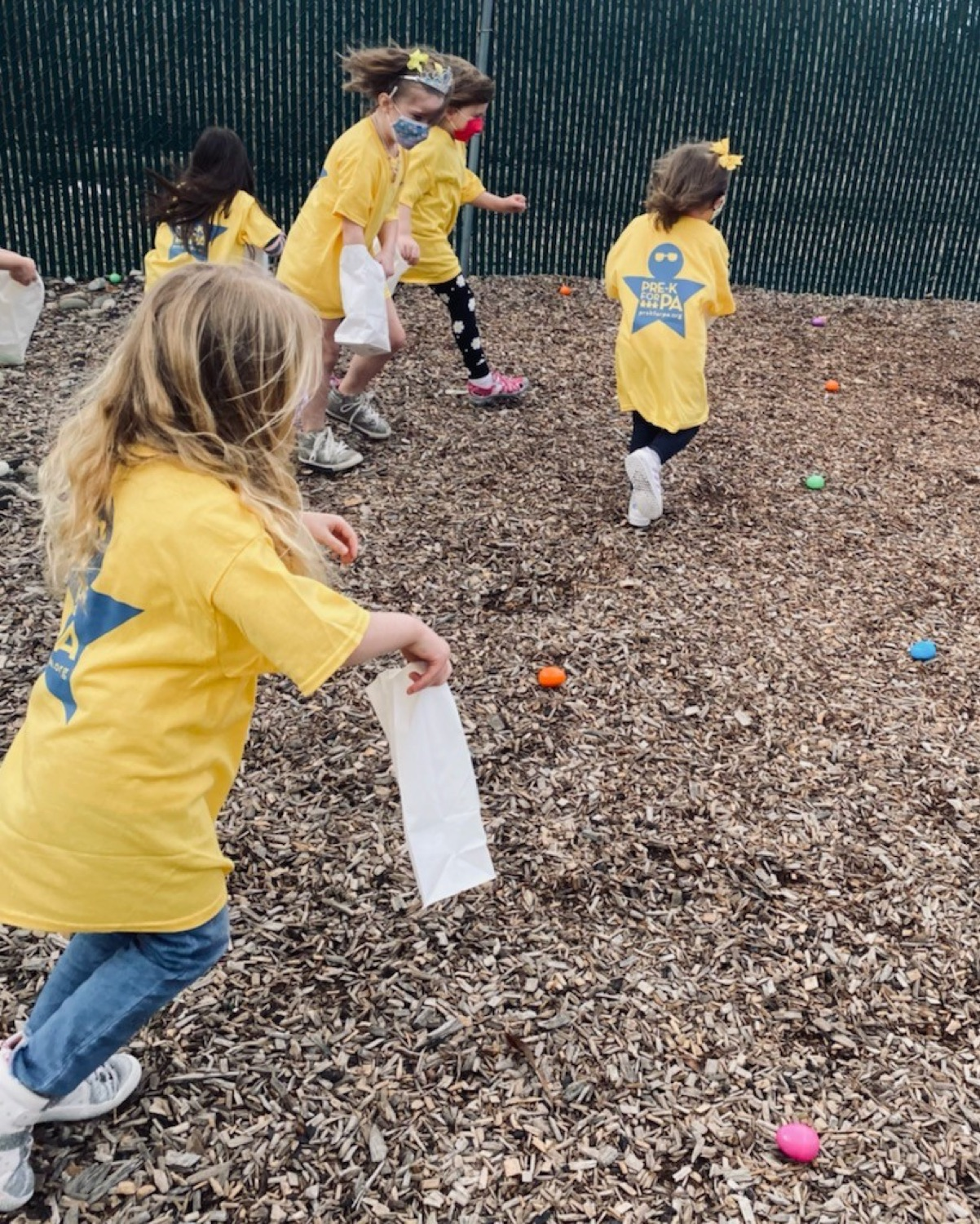 """<a href=""""https://filesource.wostreaming.net/commonwealthofpa/photo/18632_FL_BuildingBlocksLearningCenter_03.jpg"""" target=""""_blank"""">⇣Download Photo<br></a> Virtual Egg Hunt with the First Lady"""
