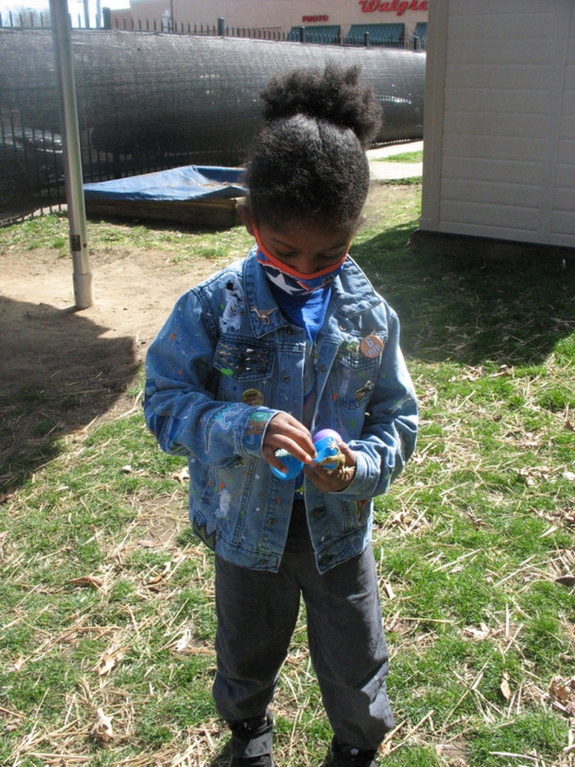 """<a href=""""https://filesource.wostreaming.net/commonwealthofpa/photo/18632_FL_ShadyLaneSchool_Pittsburgh_02.JPG"""" target=""""_blank"""">⇣Download Photo<br></a> Virtual Egg Hunt with the First Lady"""