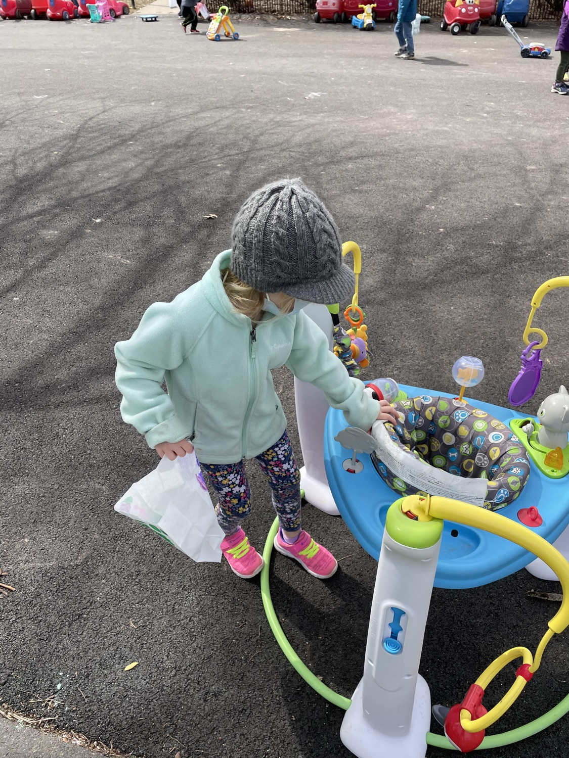 """<a href=""""https://filesource.wostreaming.net/commonwealthofpa/photo/18632_FL_TheLearningStation_StateCollege_01.jpg"""" target=""""_blank"""">⇣Download Photo<br></a> Virtual Egg Hunt with the First Lady"""
