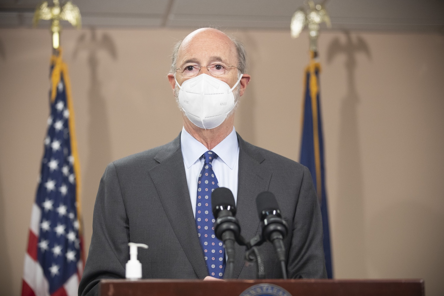 """<a href=""""https://filesource.wostreaming.net/commonwealthofpa/photo/18646_gov_vaccines_dz_015.jpg"""" target=""""_blank"""">⇣Download Photo<br></a>Pennsylvania Governor Tom Wolf speaking with the press.  After vaccinating more than 112,500 teachers and school staff in only about three weeks, Governor Tom Wolf visited Luzerne County today to announce the special vaccination initiative is a success and was completed ahead of schedule. The accomplishment is an important step to help more students and teachers safely return to classrooms across the state.  Kingston, PA - April 2, 2021"""