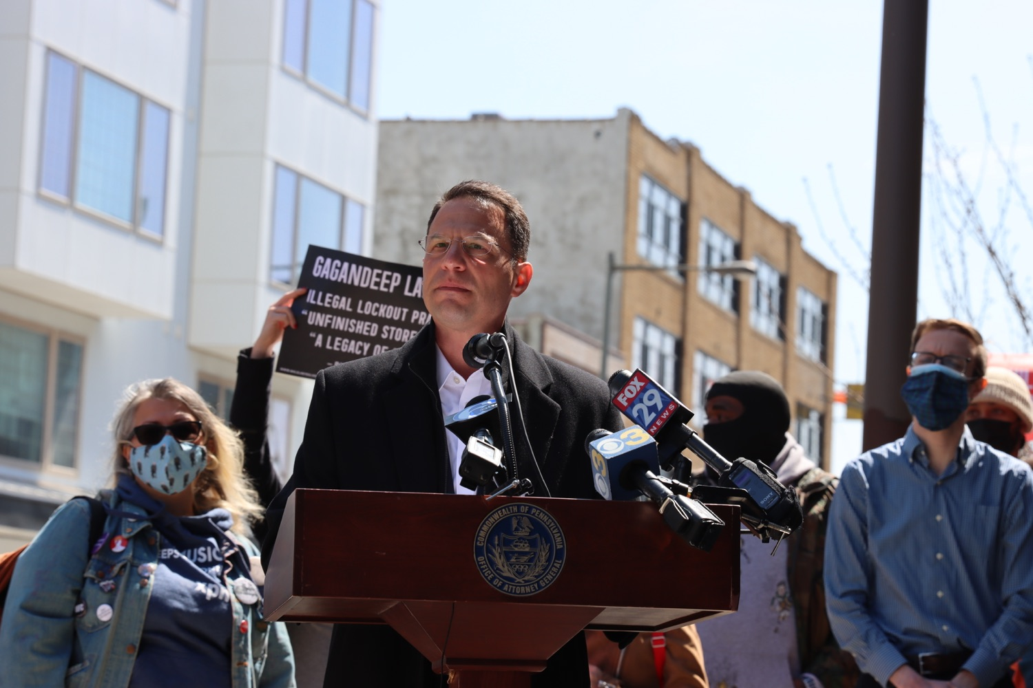 """<a href=""""https://filesource.wostreaming.net/commonwealthofpa/photo/18652_oag_evictions_01.JPG"""" target=""""_blank"""">⇣Download Photo<br></a>AG Shapiro, Impacted Tenants Mark Victory in Eviction Case"""