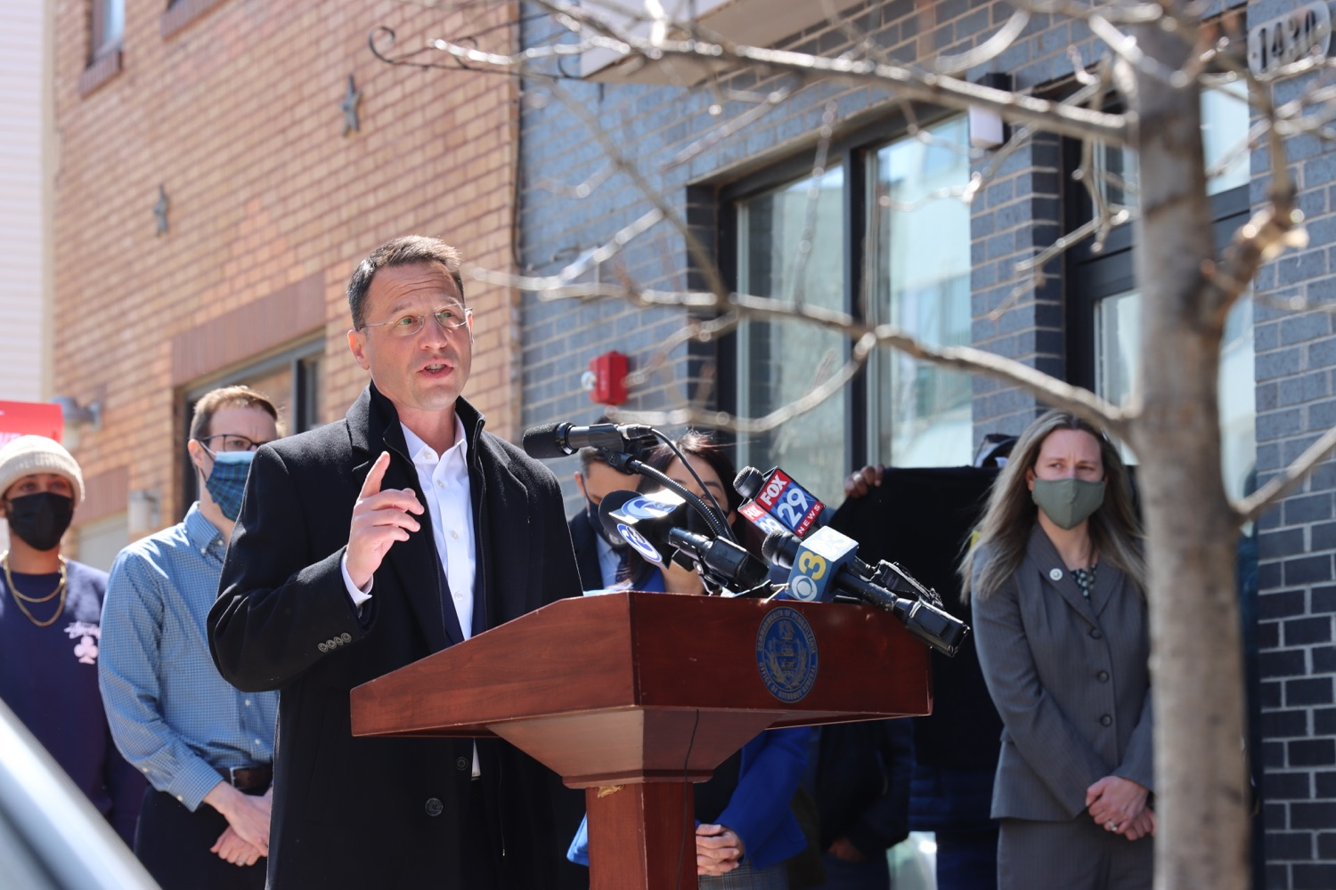 "<a href=""https://filesource.wostreaming.net/commonwealthofpa/photo/18652_oag_evictions_02.JPG"" target=""_blank"">⇣ Download Photo<br></a>AG Shapiro, Impacted Tenants Mark Victory in Eviction Case"