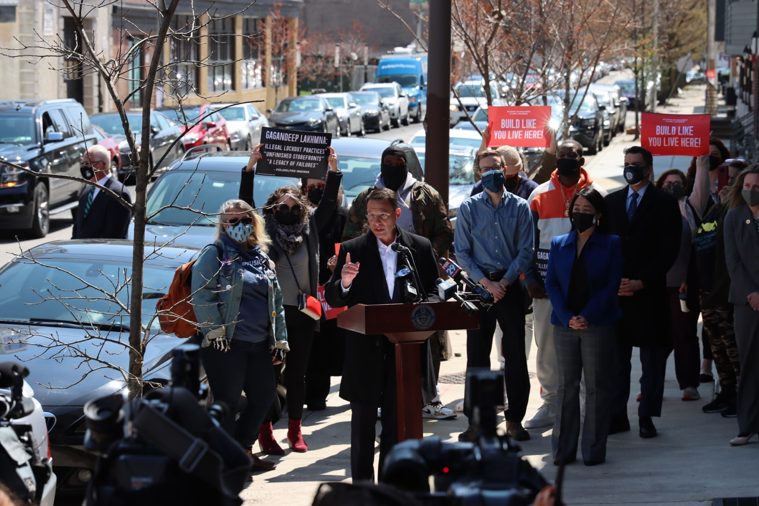 """<a href=""""https://filesource.wostreaming.net/commonwealthofpa/photo/18652_oag_evictions_04.JPG"""" target=""""_blank"""">⇣Download Photo<br></a>AG Shapiro, Impacted Tenants Mark Victory in Eviction Case"""