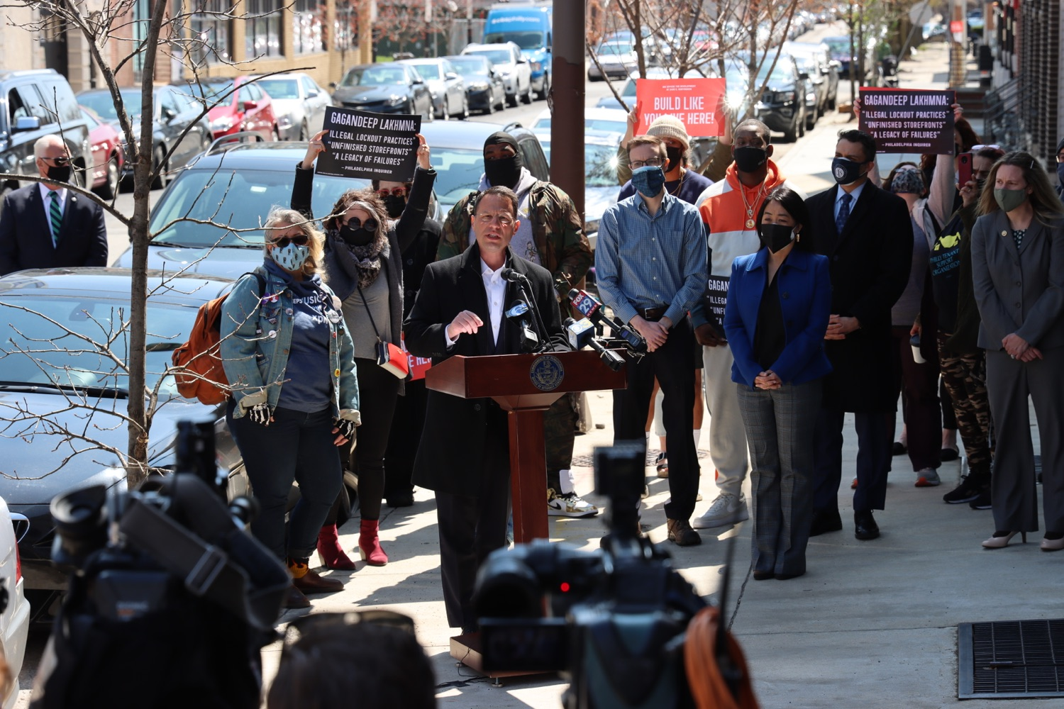 """<a href=""""https://filesource.wostreaming.net/commonwealthofpa/photo/18652_oag_evictions_05.JPG"""" target=""""_blank"""">⇣Download Photo<br></a>AG Shapiro, Impacted Tenants Mark Victory in Eviction Case"""