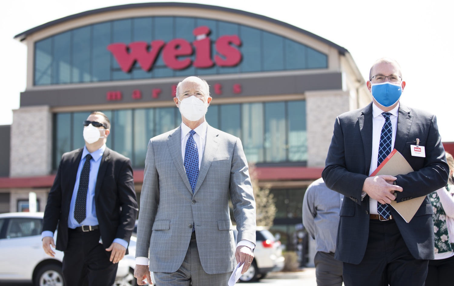 """<a href=""""https://filesource.wostreaming.net/commonwealthofpa/photo/18654_gov_vaccineeligibility_dz_006.jpg"""" target=""""_blank"""">⇣Download Photo<br></a>Pennsylvania Governor Tom Wolf after a tour of Weis Markets with Rick Seipp, vice president of Weis Pharmacy to see the vaccine administration area.   Gov. Tom Wolf visited Weis Markets in Enola, Cumberland County, to recognize the heroic efforts of Pennsylvania's grocery store workers, who are now eligible for the COVID-19 vaccine.  The governor expressed his gratitude to Pennsylvania's 180,000 grocery store workers, who suddenly became frontline workers as the state took critical steps to mitigate the spread of COVID-19. Grocery stores were deemed life-sustaining businesses, and these employees put their lives at risk to ensure their stores remained open to the public. APRIL 06, 2021 - ENOLA, PA.."""