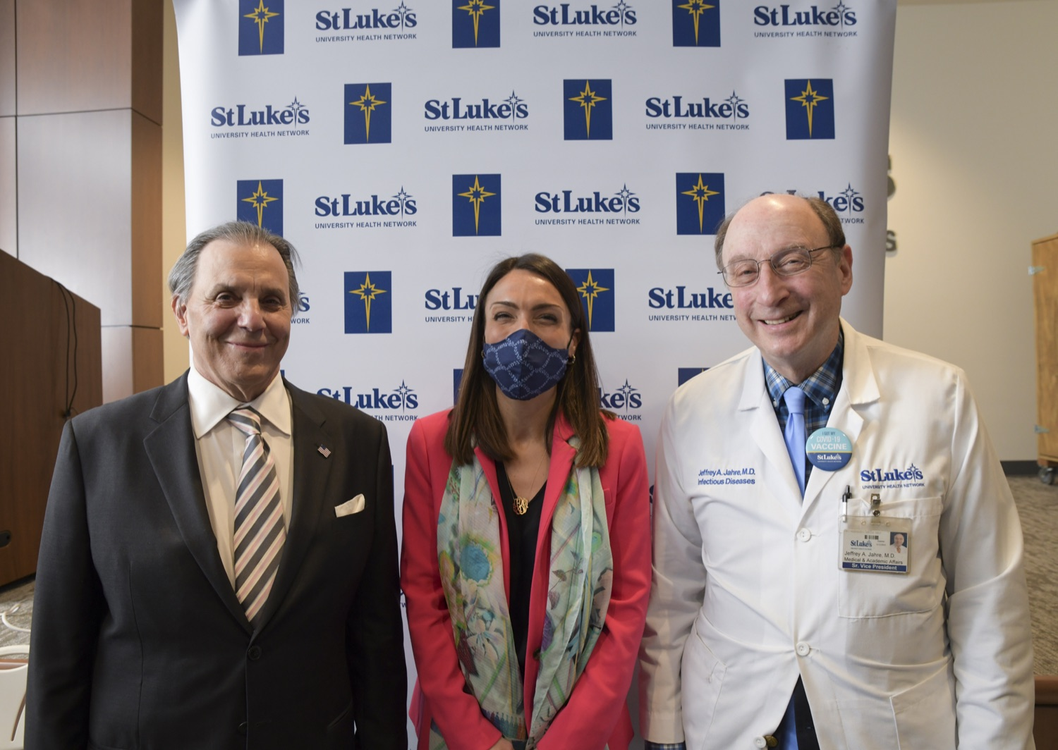 """<a href=""""https://filesource.wostreaming.net/commonwealthofpa/photo/18670_doh_stluke_01.jpg"""" target=""""_blank"""">⇣Download Photo<br></a>Department of Health Joins St. Luke's University Health Network, Muslim Aid Initiative to Discuss Vaccine Hesitancy"""