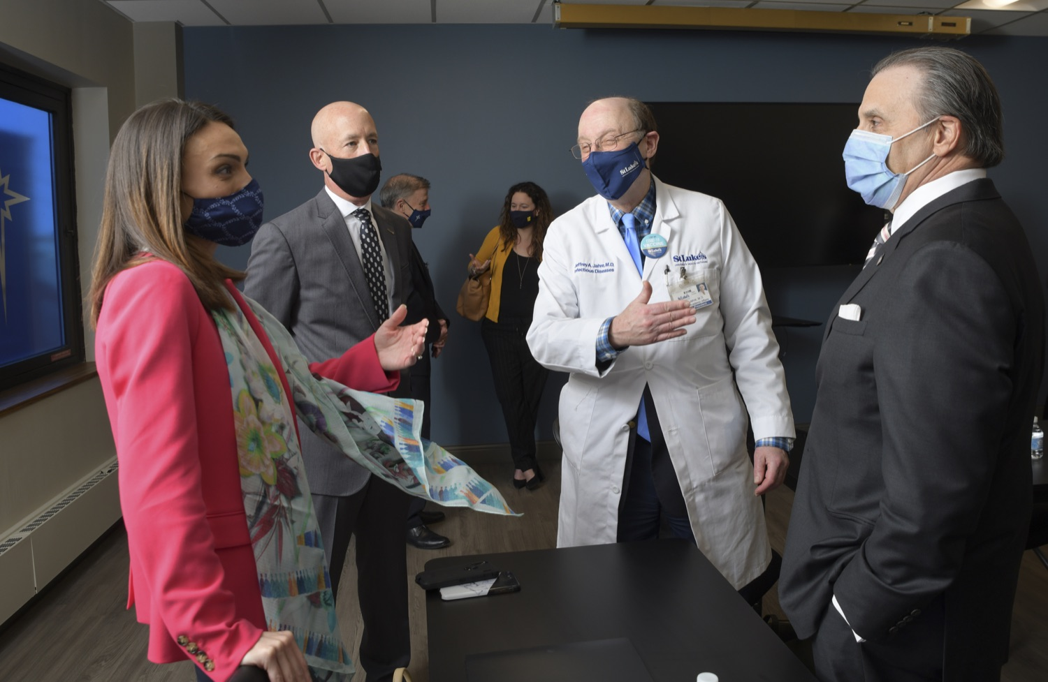 """<a href=""""https://filesource.wostreaming.net/commonwealthofpa/photo/18670_doh_stluke_08.jpg"""" target=""""_blank"""">⇣Download Photo<br></a>Department of Health Joins St. Luke's University Health Network, Muslim Aid Initiative to Discuss Vaccine Hesitancy"""