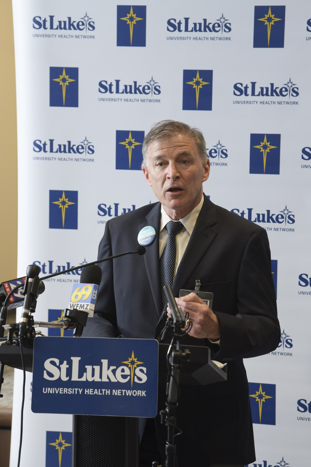 """<a href=""""https://filesource.wostreaming.net/commonwealthofpa/photo/18670_doh_stluke_14.jpg"""" target=""""_blank"""">⇣Download Photo<br></a>Department of Health Joins St. Luke's University Health Network, Muslim Aid Initiative to Discuss Vaccine Hesitancy"""